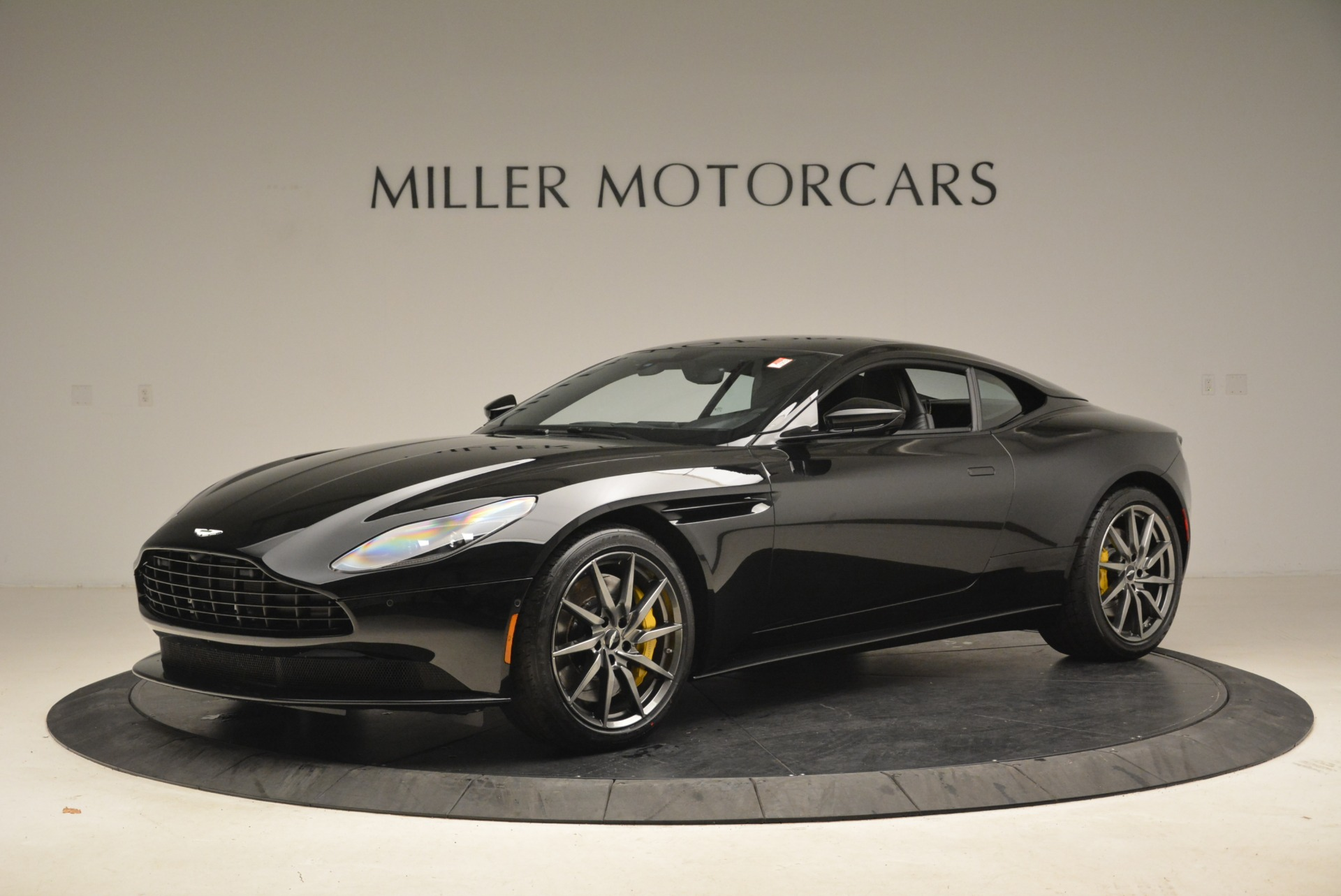 Used 2018 Aston Martin DB11 V8 Coupe | Greenwich, CT