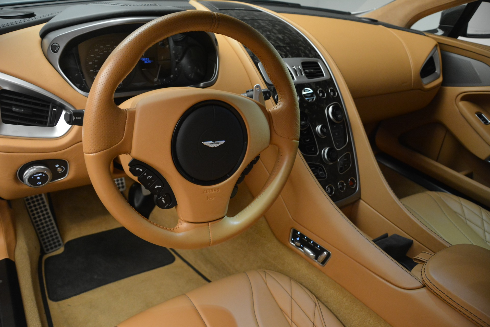 Used 2018 Aston Martin Vanquish S Coupe | Greenwich, CT