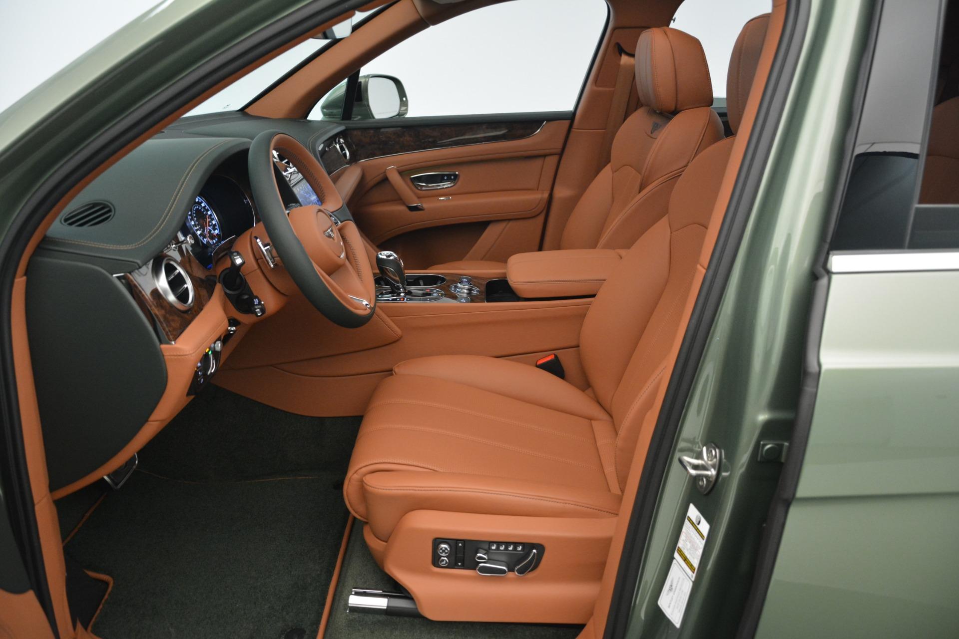 New 2019 Bentley Bentayga V8   Greenwich, CT