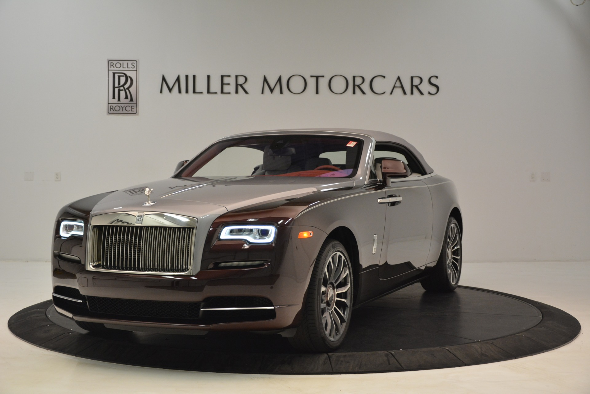 Used 2019 Rolls-Royce Dawn  | Greenwich, CT