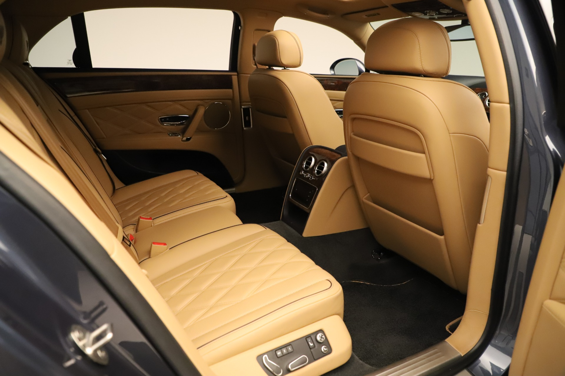 Used 2016 Bentley Flying Spur W12   Greenwich, CT