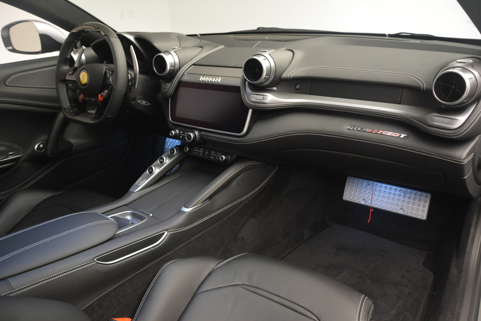 Used 2019 Ferrari GTC4Lusso T  | Greenwich, CT