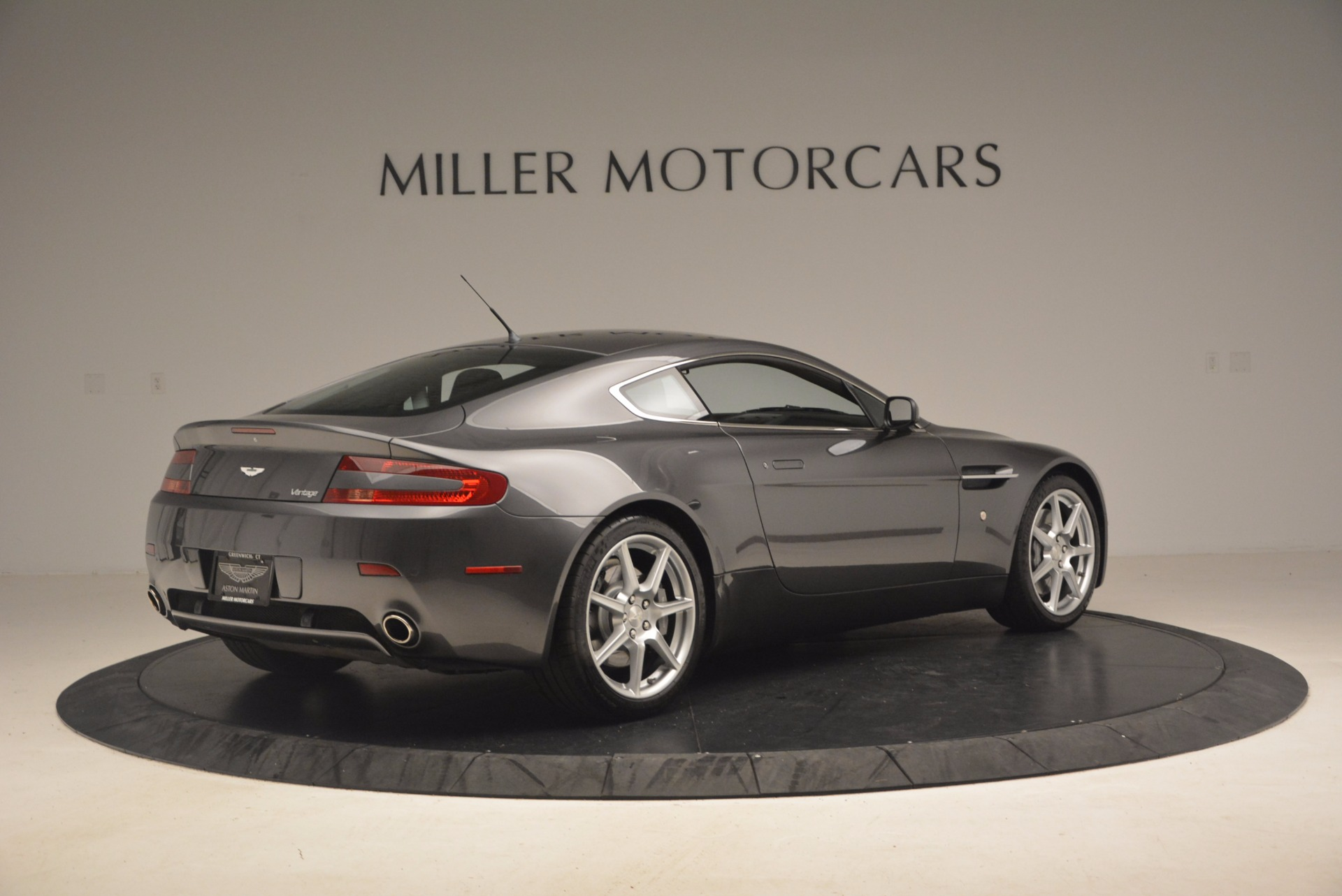 Used 2006 Aston Martin V8 Vantage Coupe