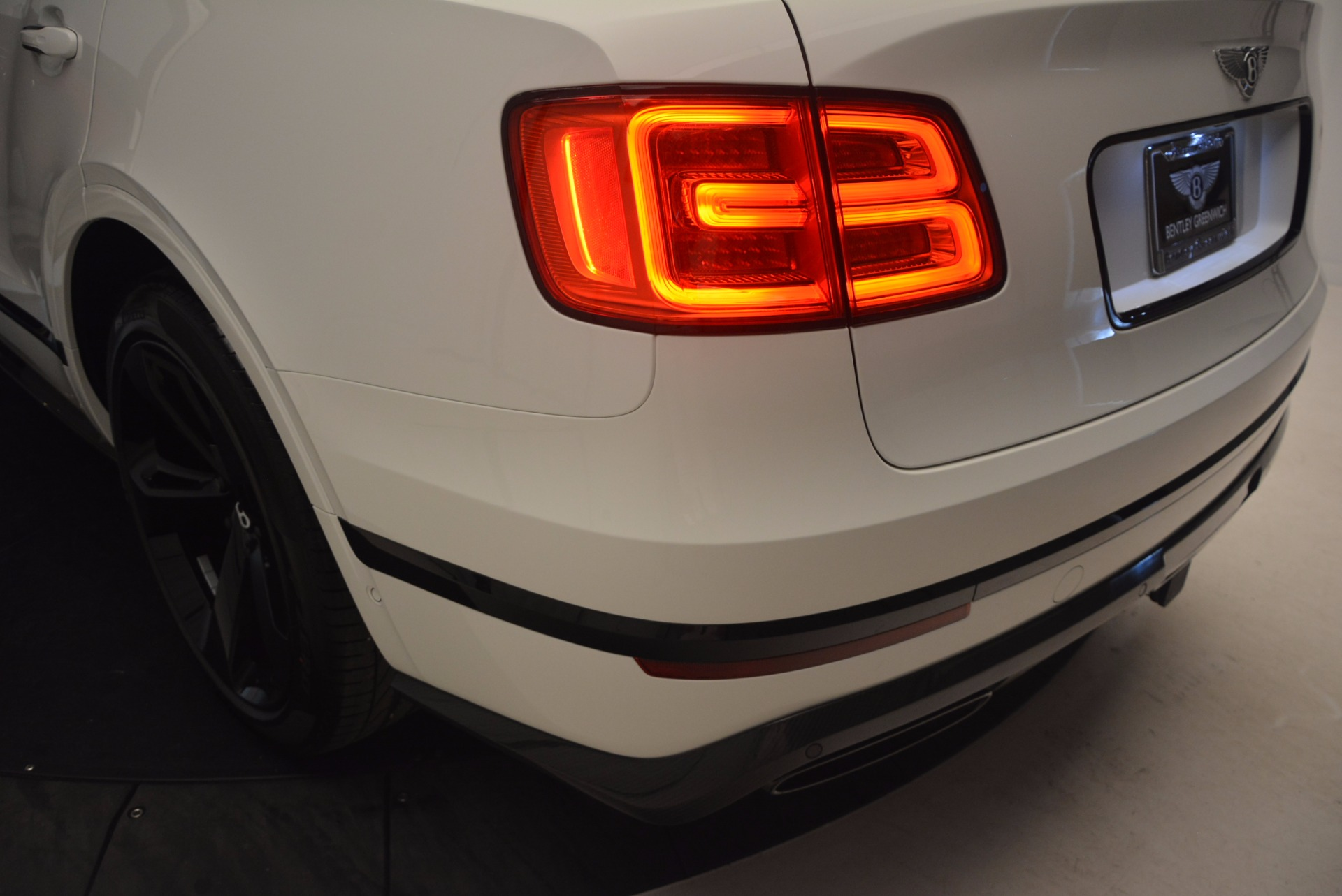 New 2018 Bentley Bentayga Black Edition
