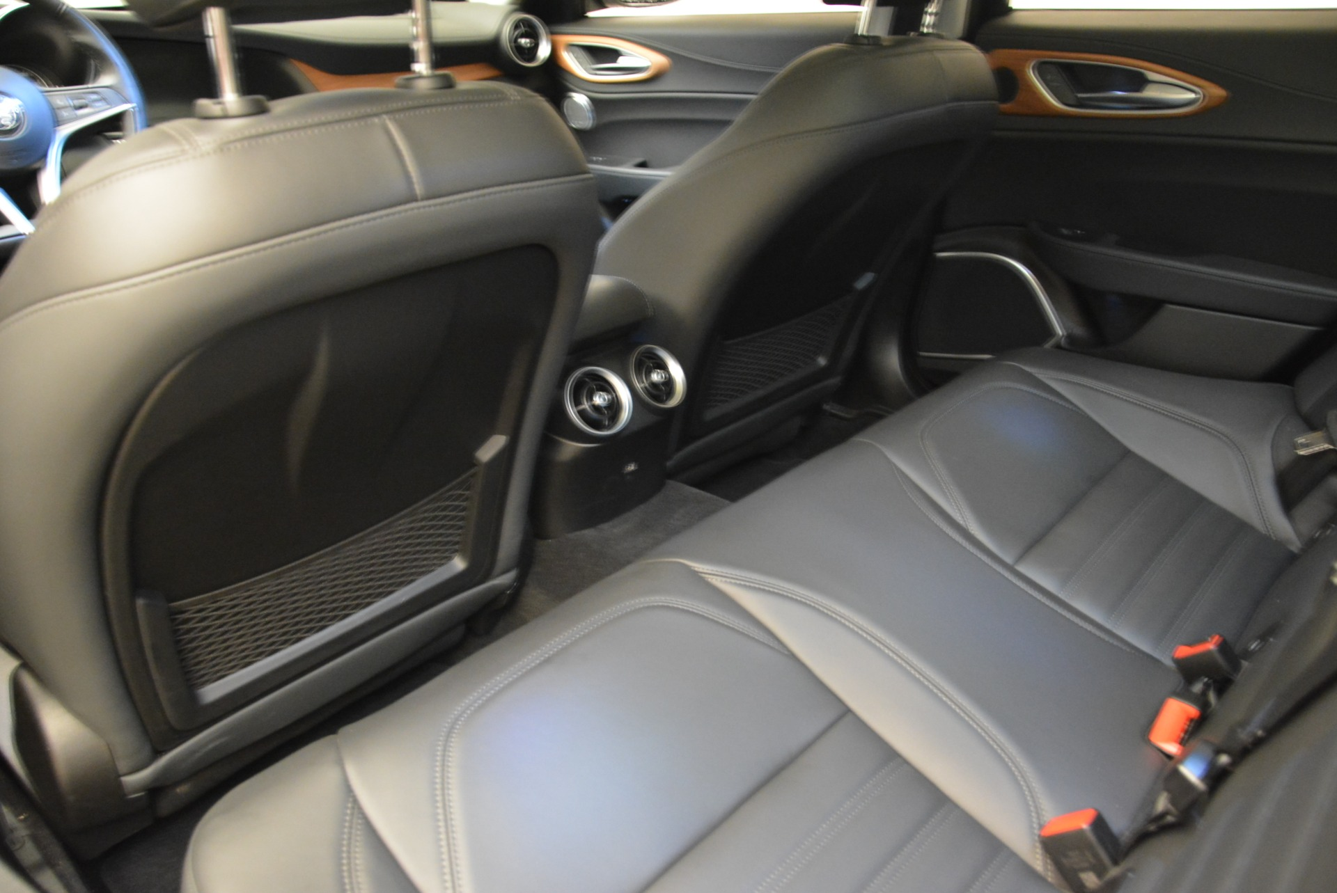 New 2017 Alfa Romeo Giulia Ti Lusso Q4