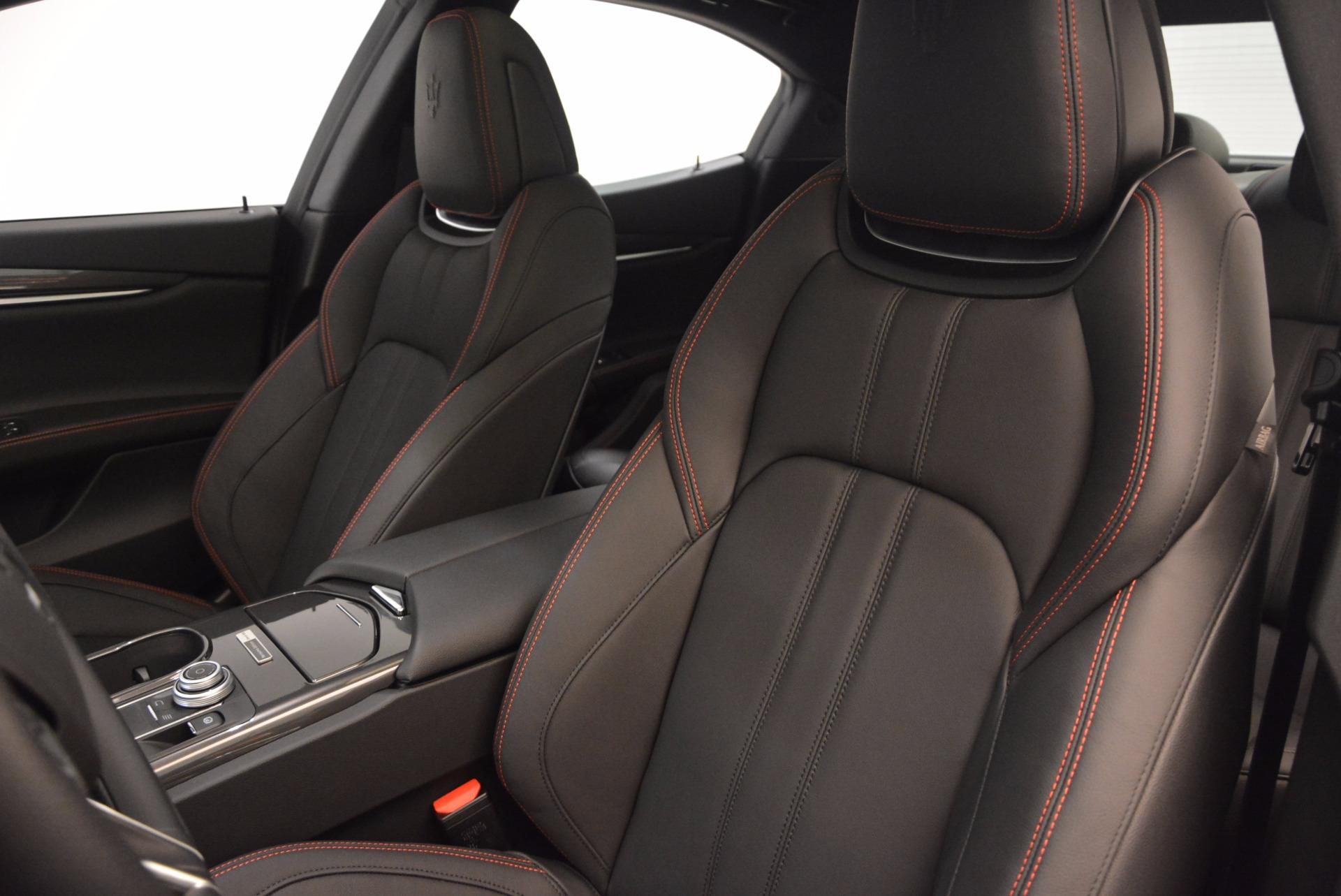 New 2017 Maserati Ghibli Nerissimo Edition S Q4