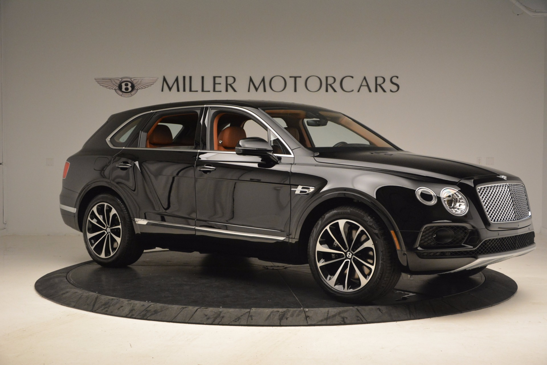 Used 2018 Bentley Bentayga Onyx Edition