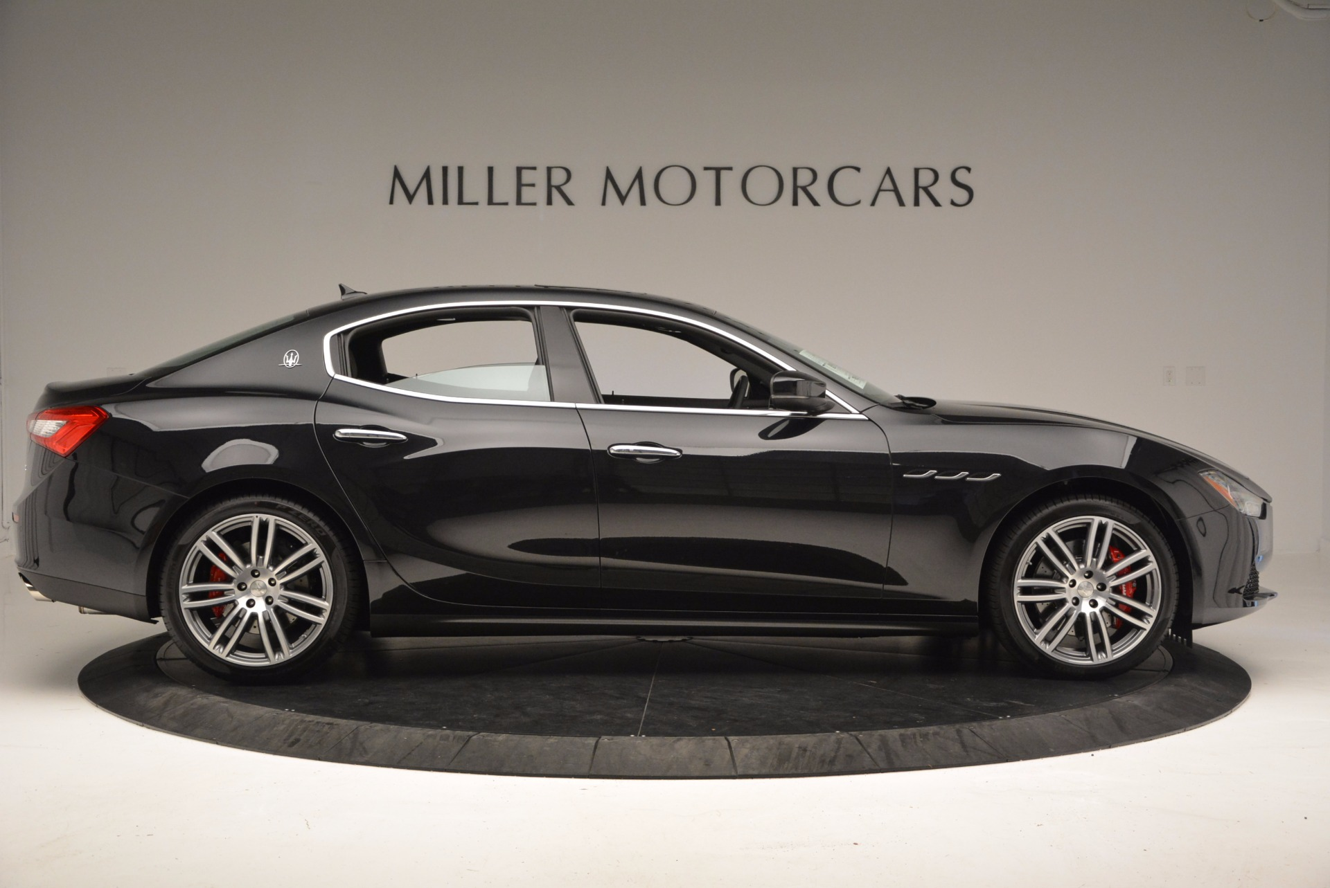 New 2017 Maserati Ghibli SQ4