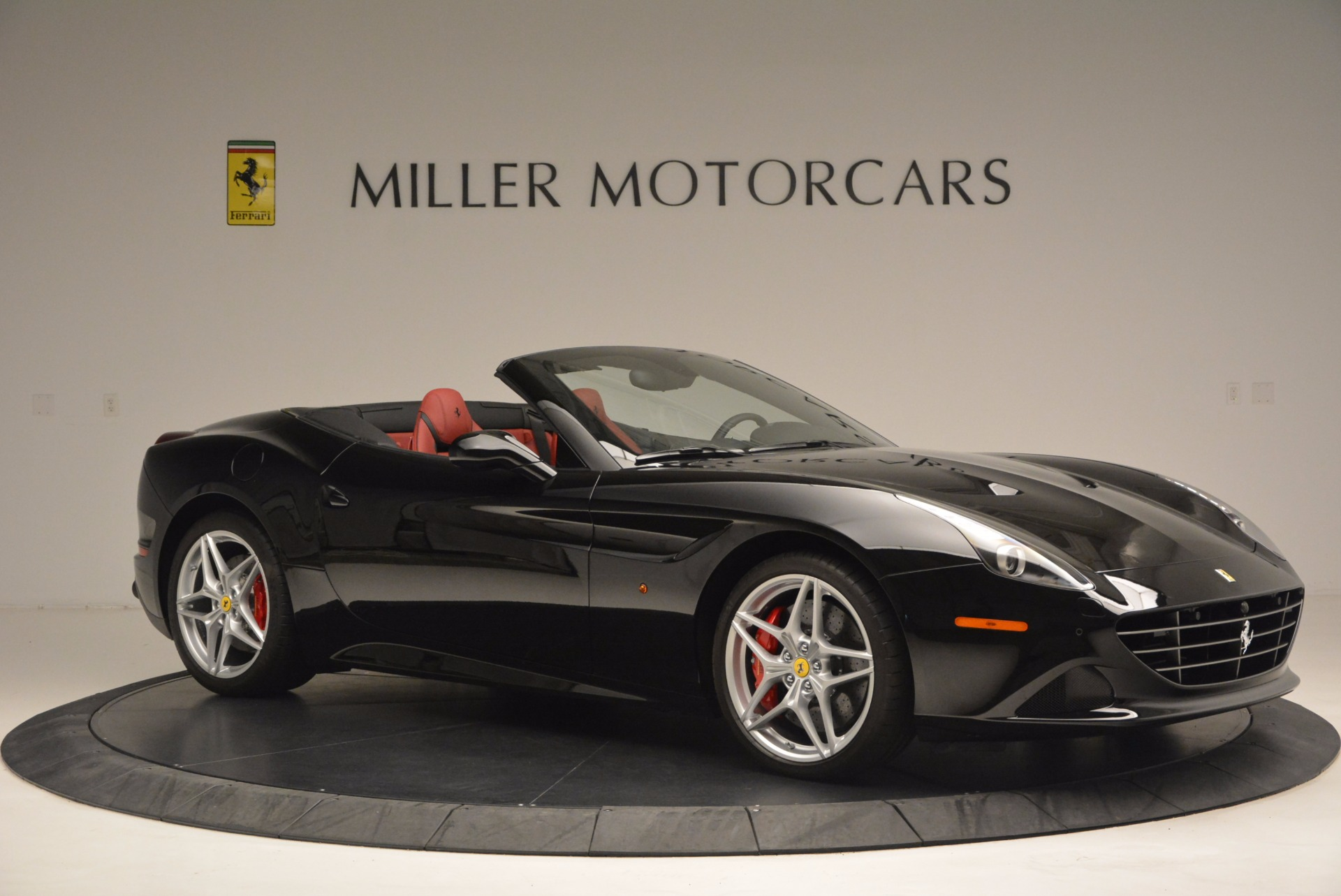Used 2016 Ferrari California T Handling Speciale