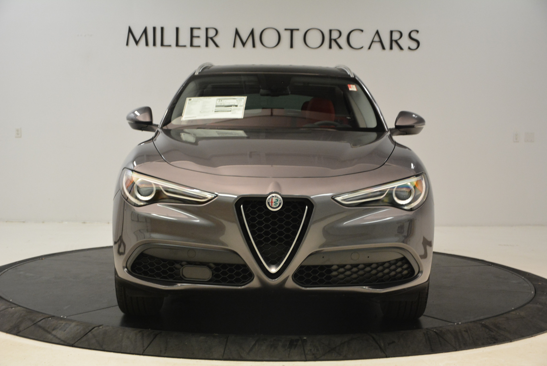 New 2018 Alfa Romeo Stelvio Q4