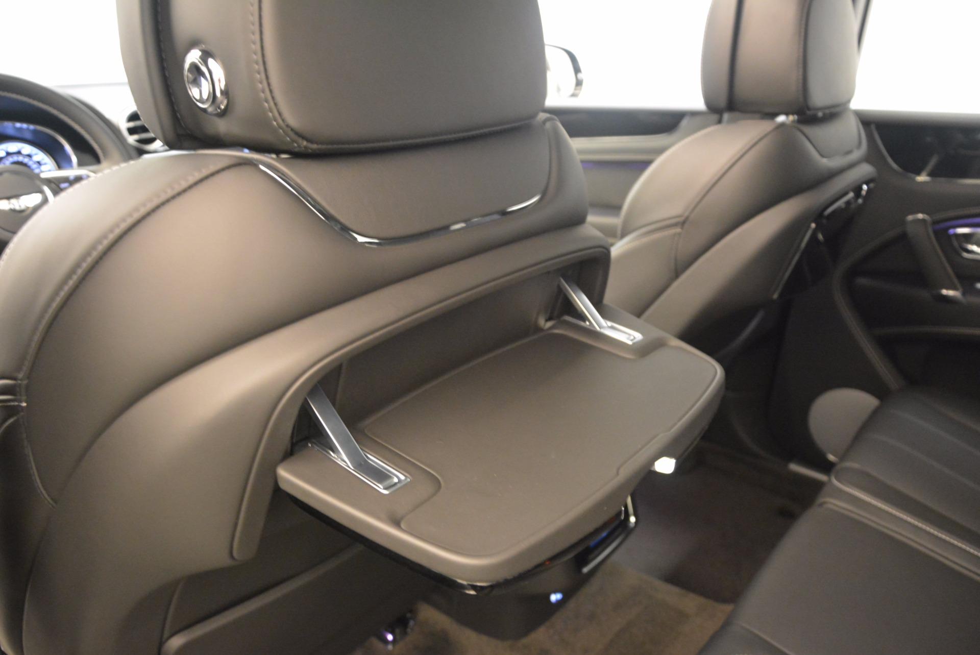 New 2018 Bentley Bentayga Onyx