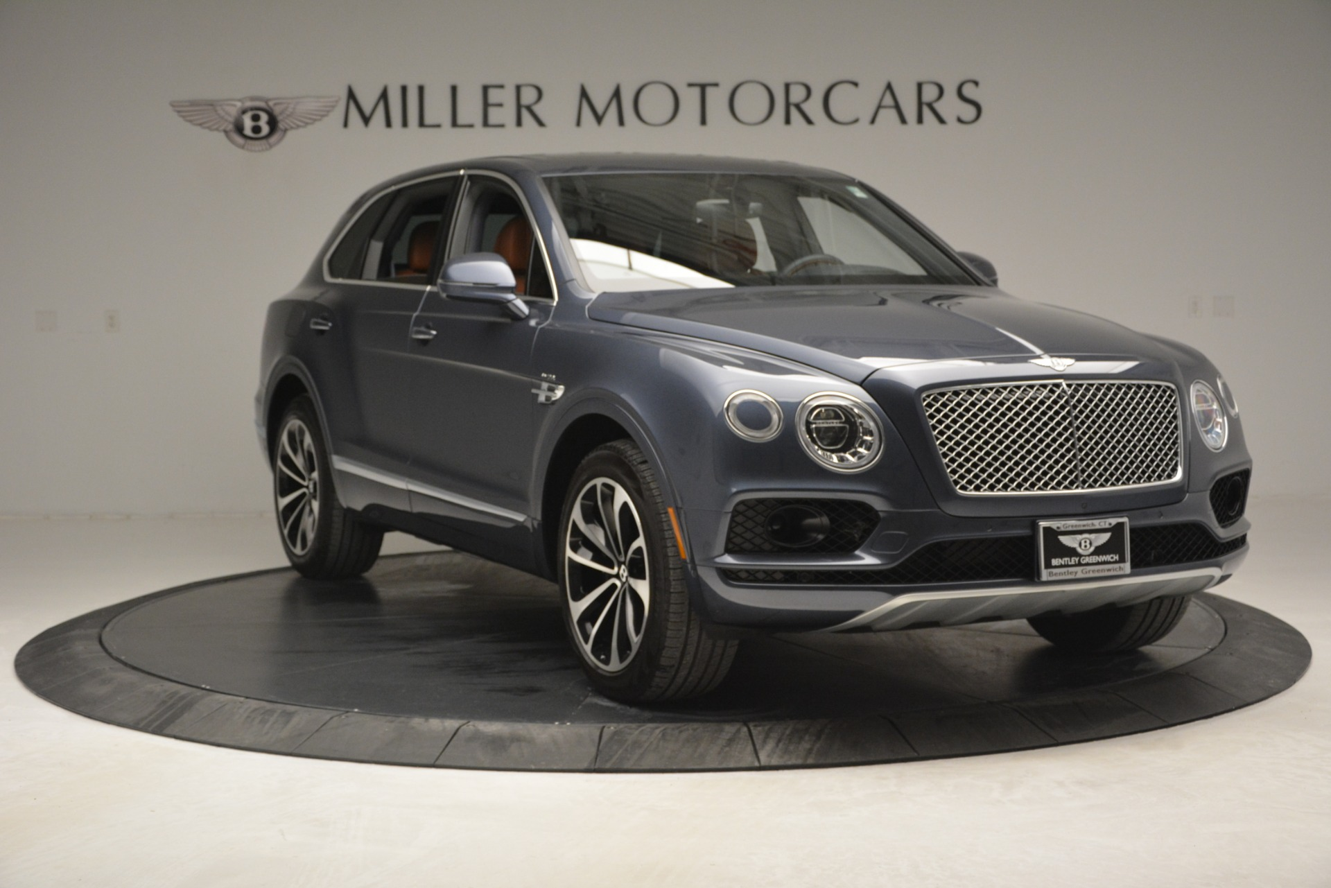 Used 2018 Bentley Bentayga Onyx