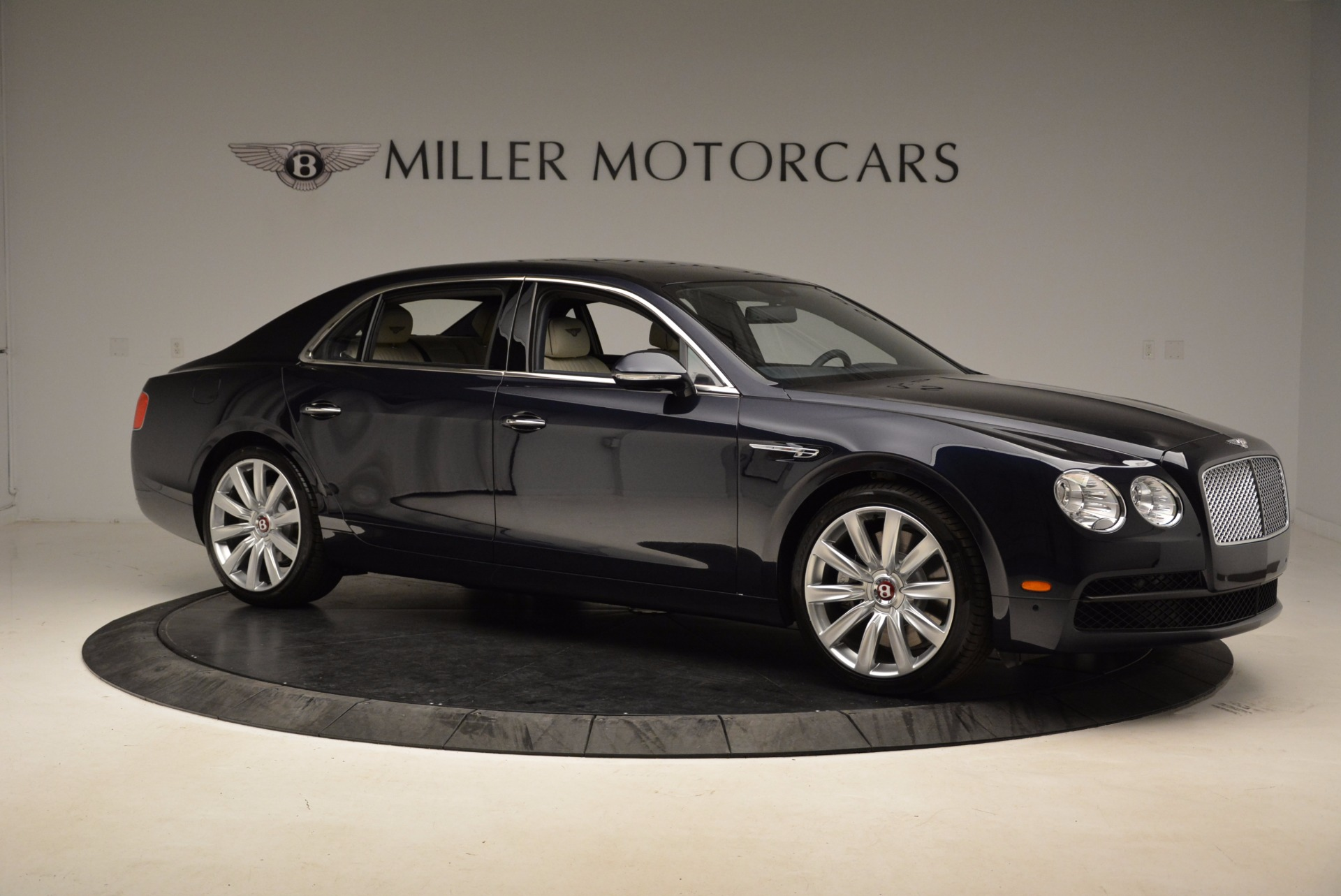 New 2017 Bentley Flying Spur V8