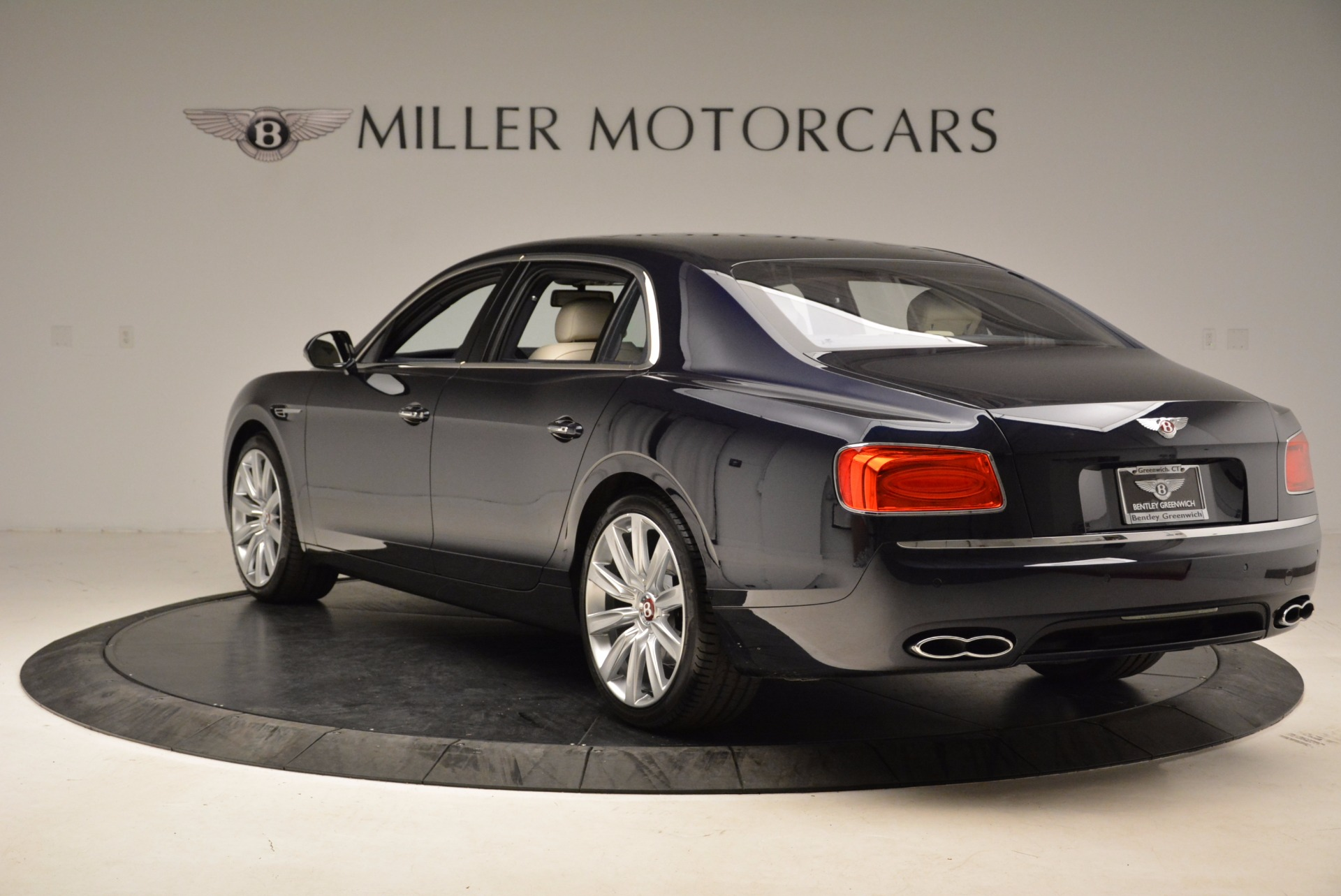 Used 2017 Bentley Flying Spur V8