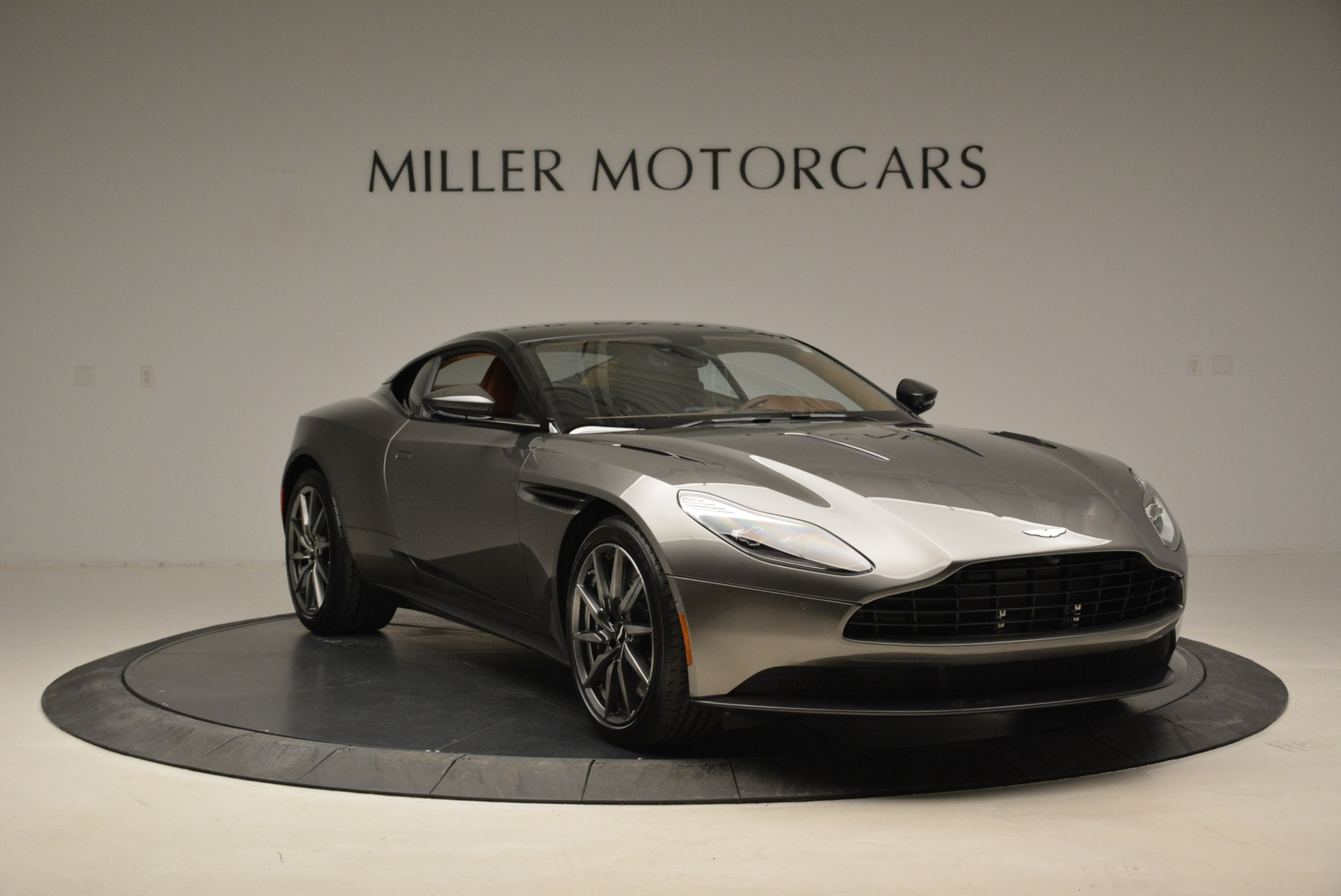 Used 2018 Aston Martin DB11 V12