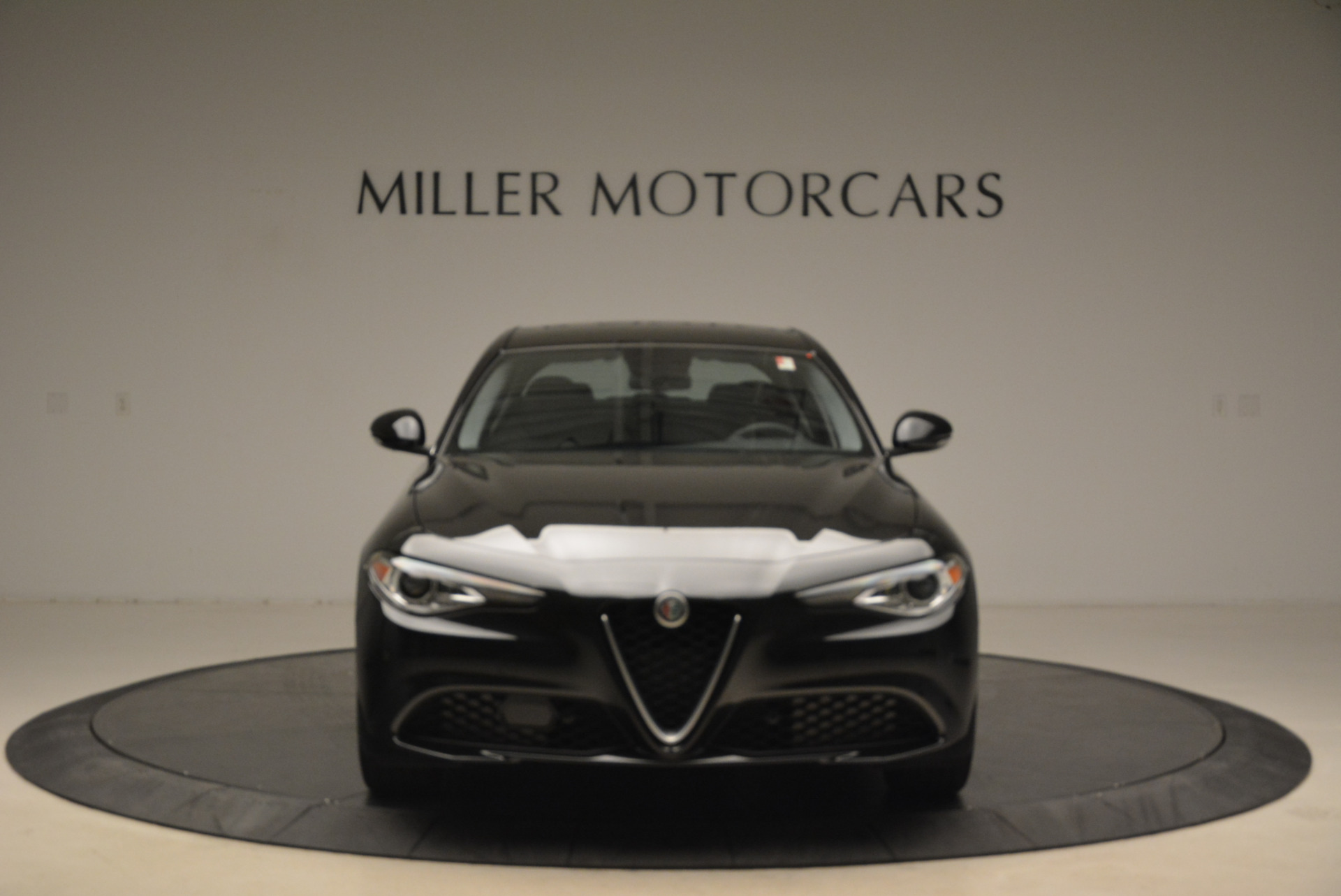 New 2018 Alfa Romeo Giulia Ti Q4