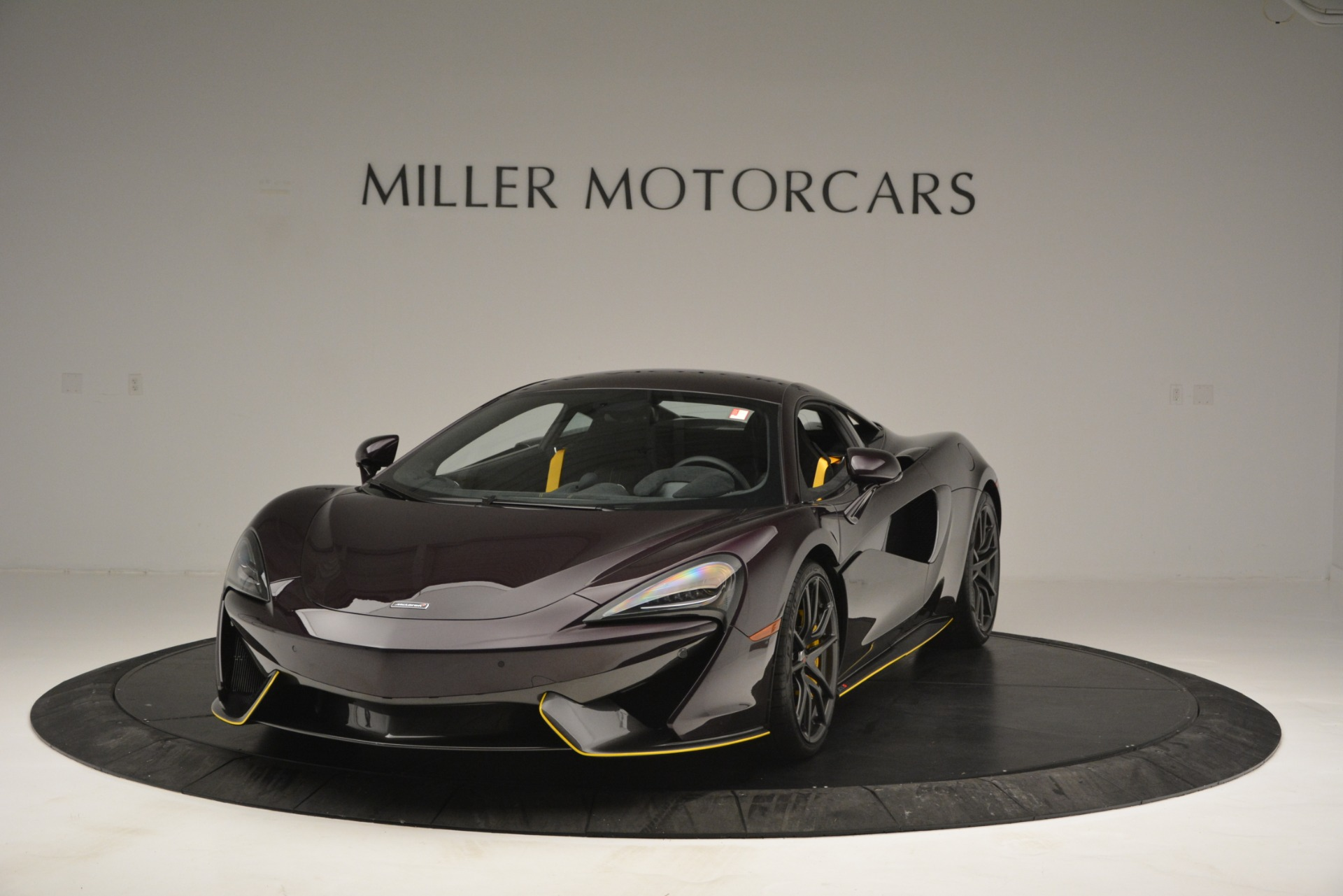 Used 2018 McLaren 570S  | Greenwich, CT