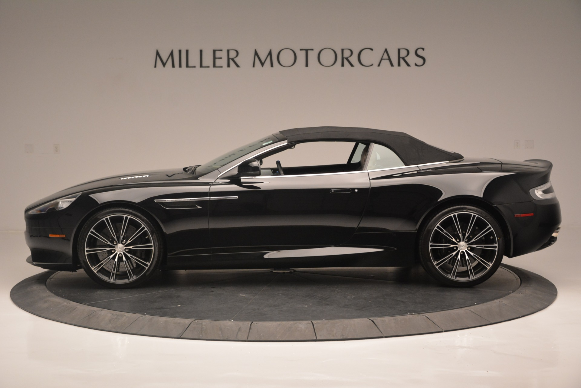 Used 2015 Aston Martin DB9 Volante
