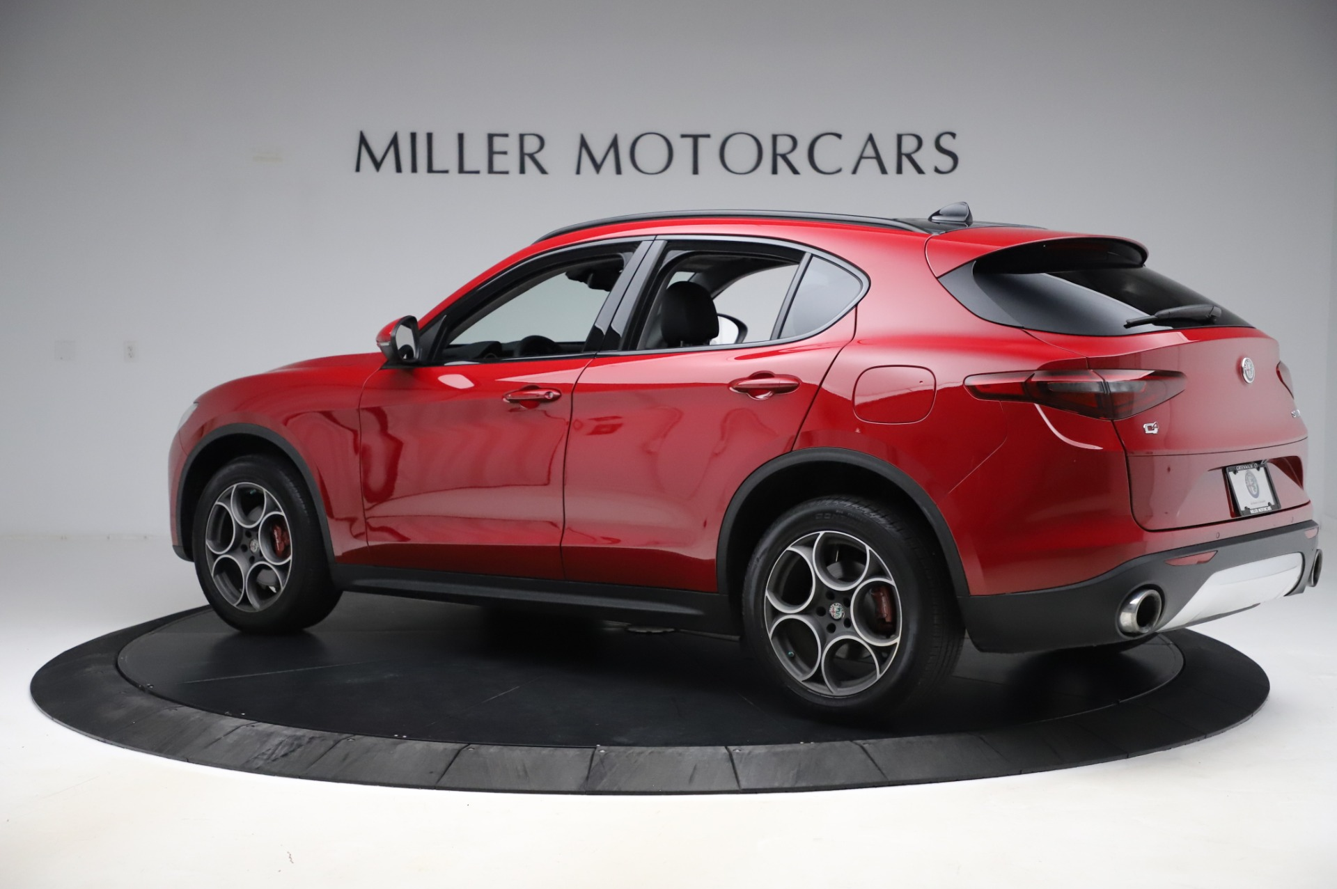 Used 2018 Alfa Romeo Stelvio Sport Q4
