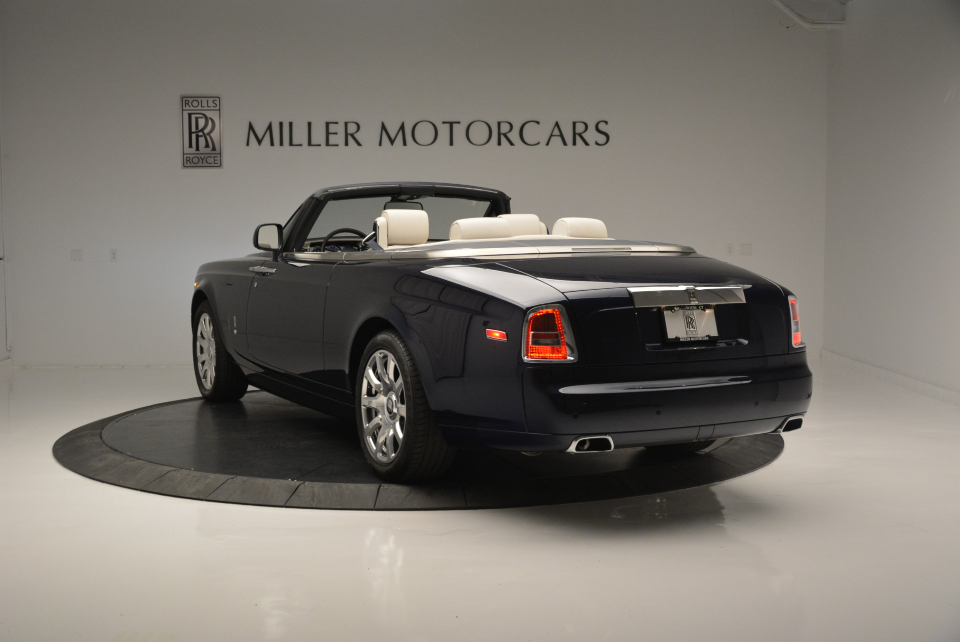 Used 2014 Rolls Royce Phantom Drophead Coupe
