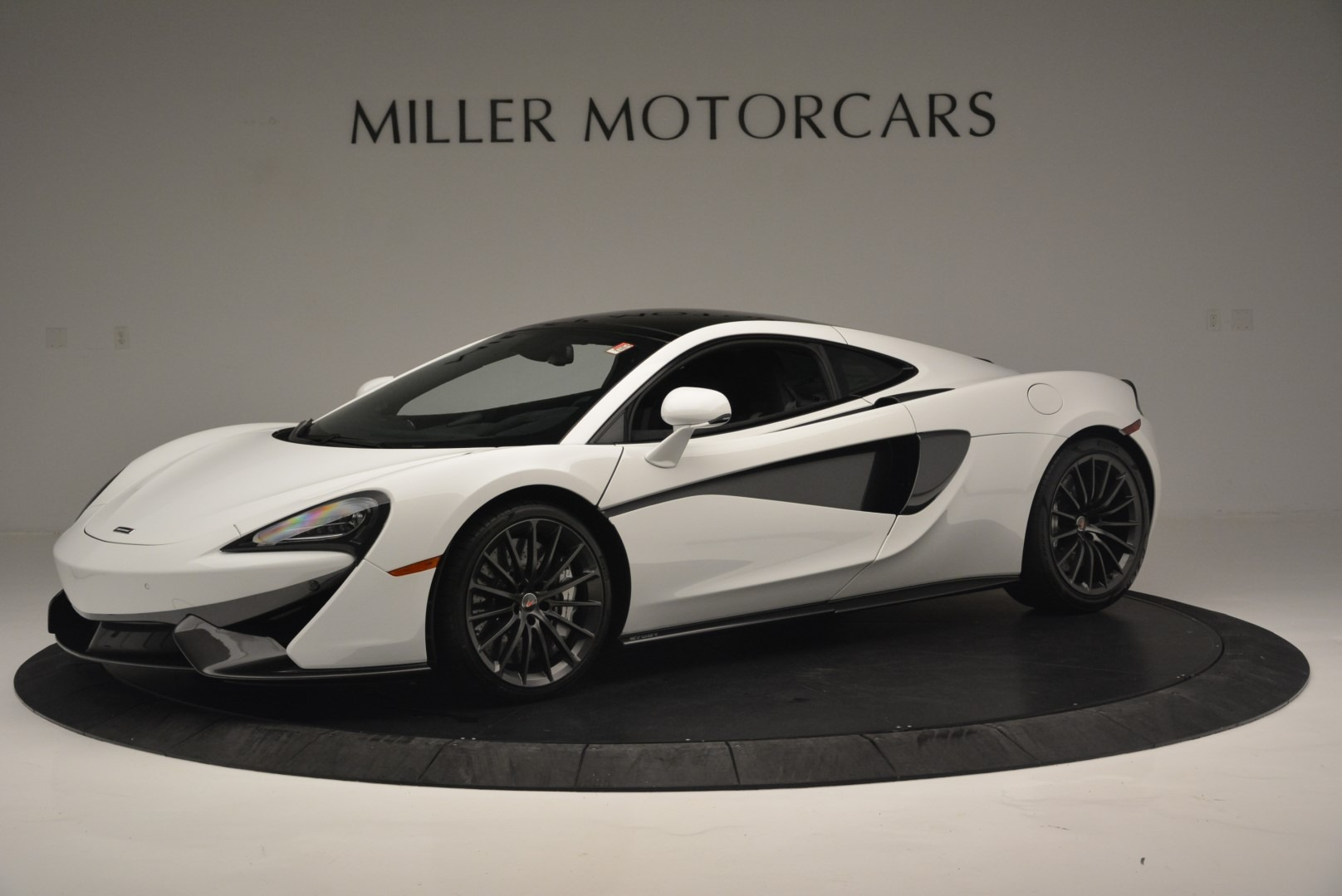Used 2018 McLaren 570GT