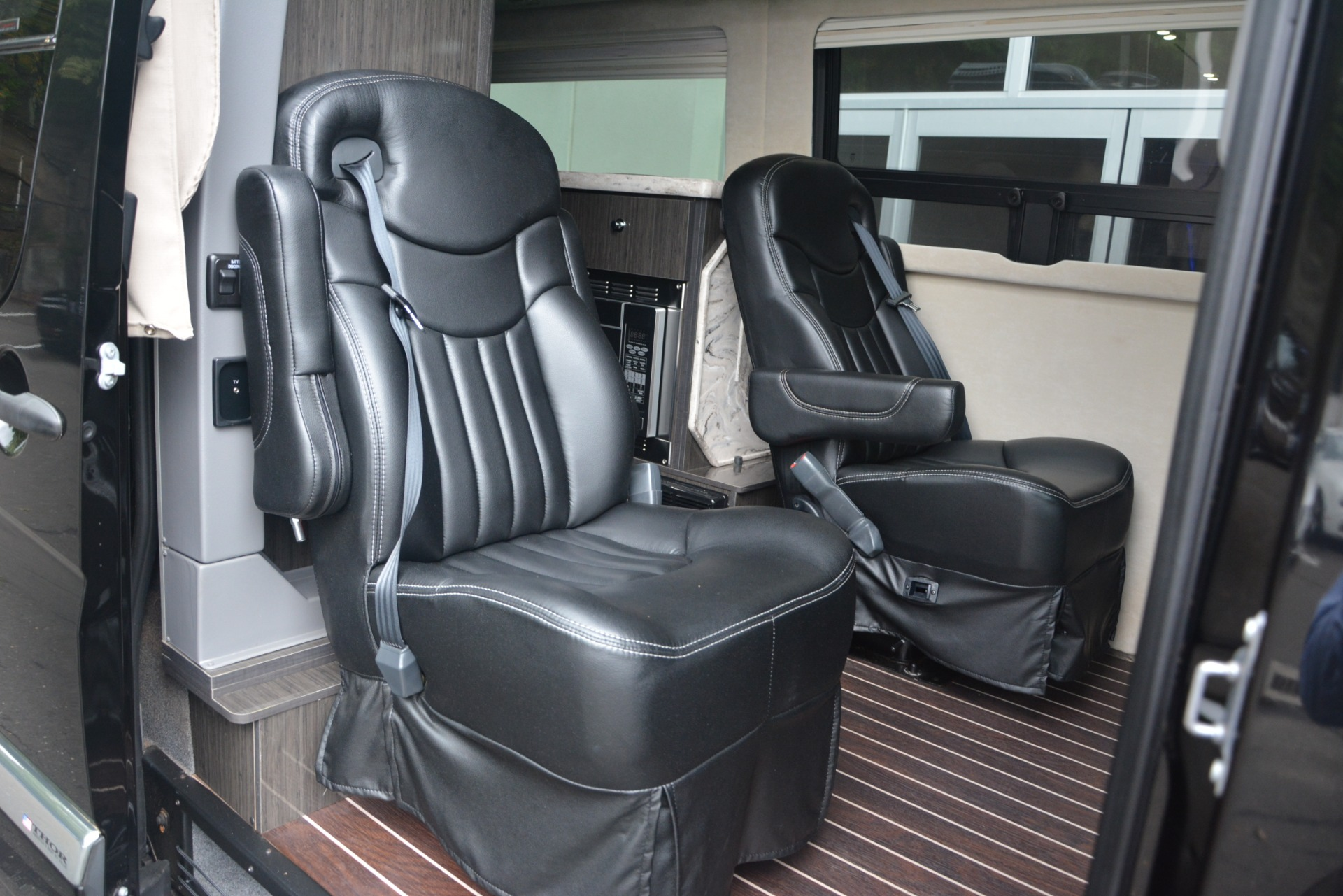 Used 2014 Mercedes Benz Sprinter 3500 Airstream Lounge Extended
