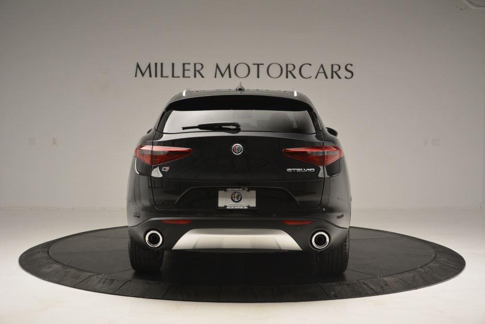 New 2019 Alfa Romeo Stelvio Q4