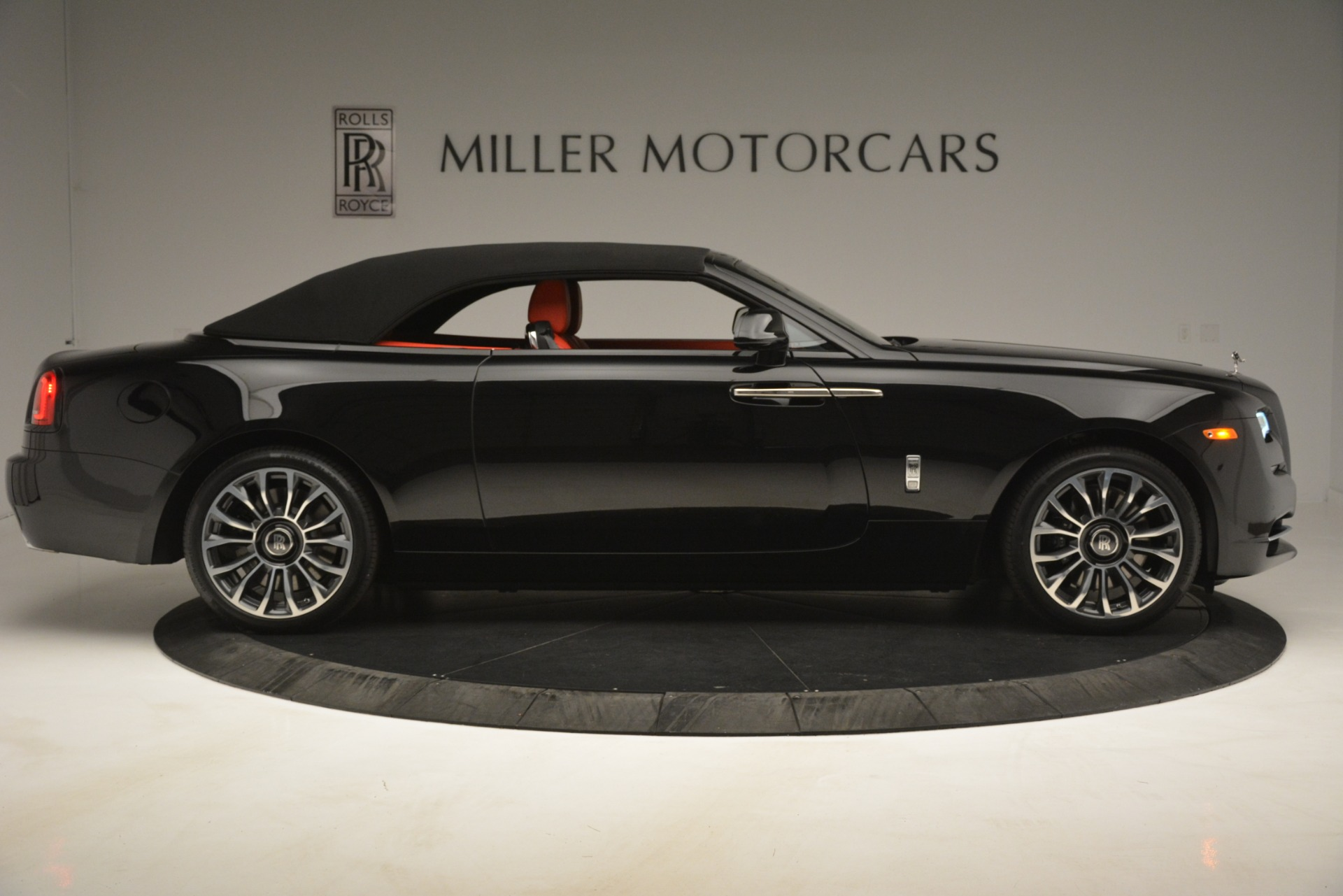 New 2019 Rolls Royce Dawn