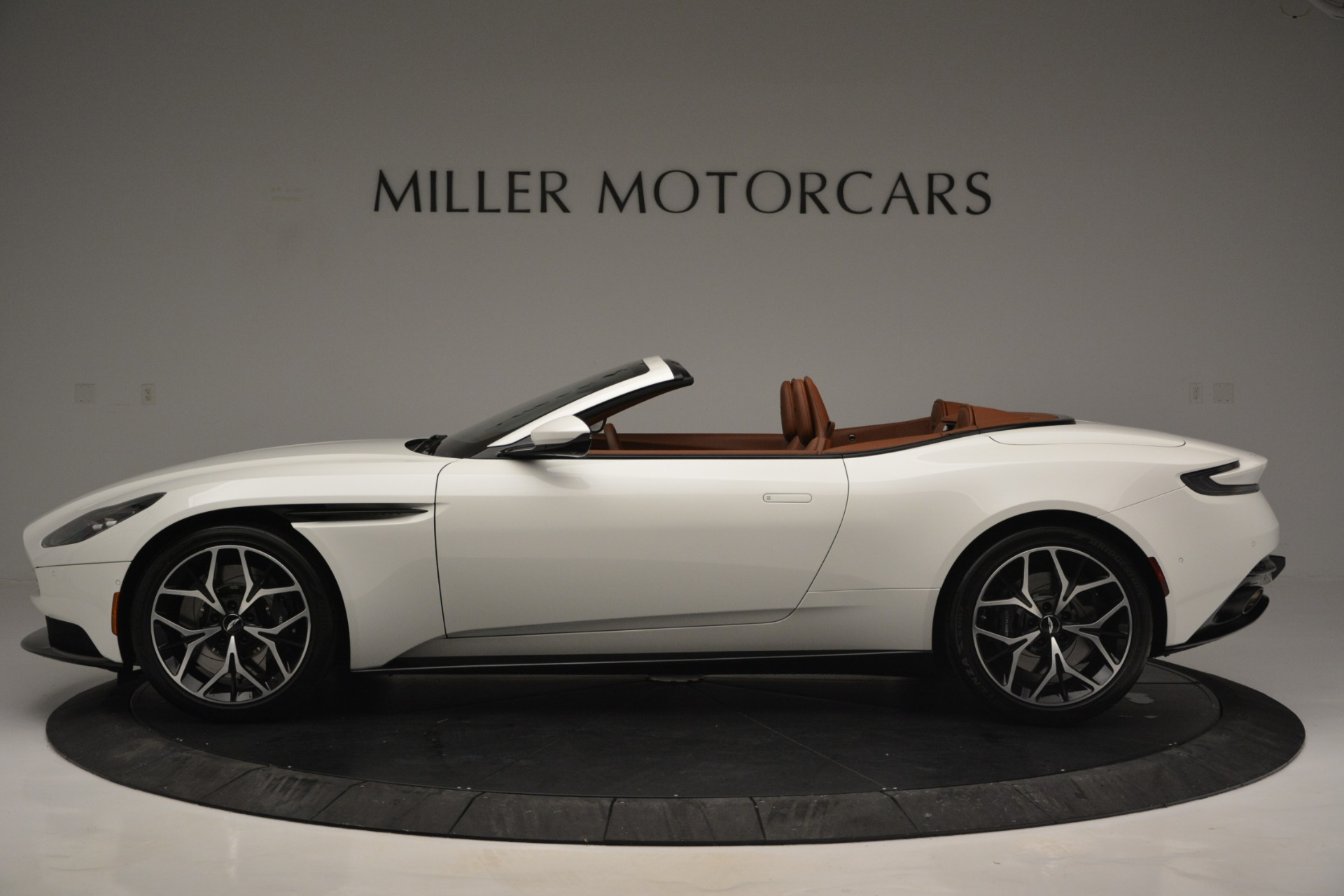 Used 2019 Aston Martin DB11 V8 Convertible