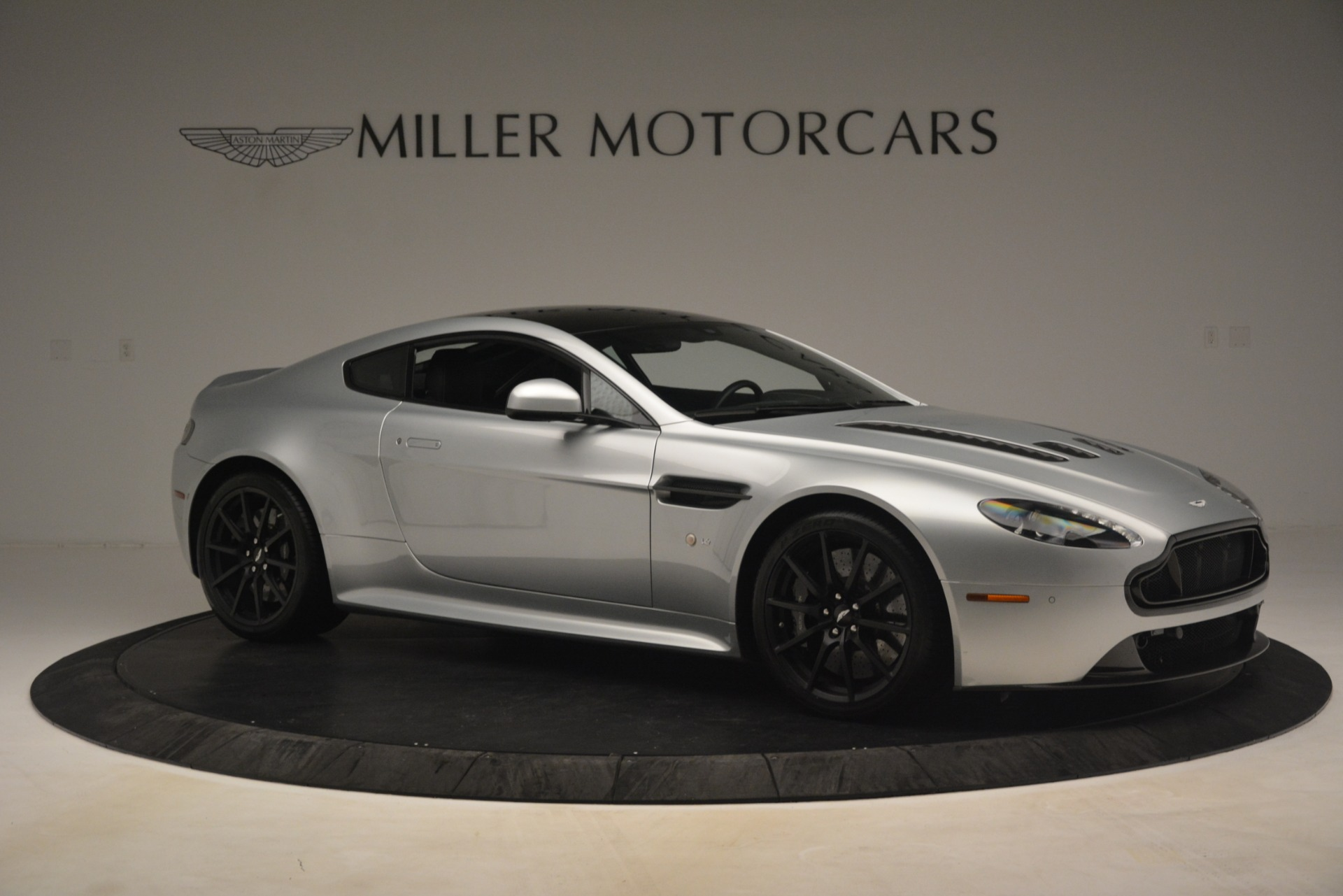 Used 2015 Aston Martin V12 Vantage S Coupe