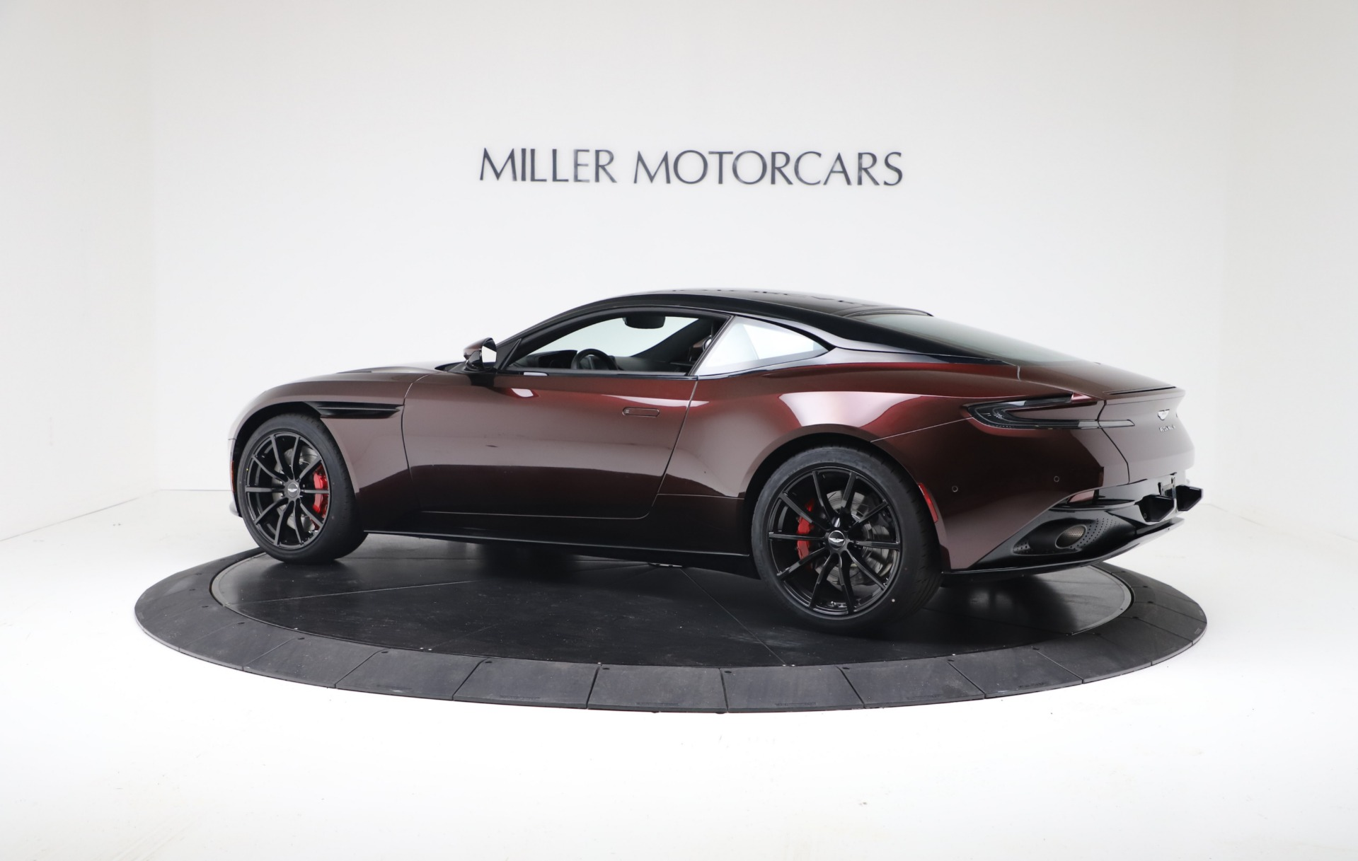 New 2019 Aston Martin DB11 V12 AMR Coupe