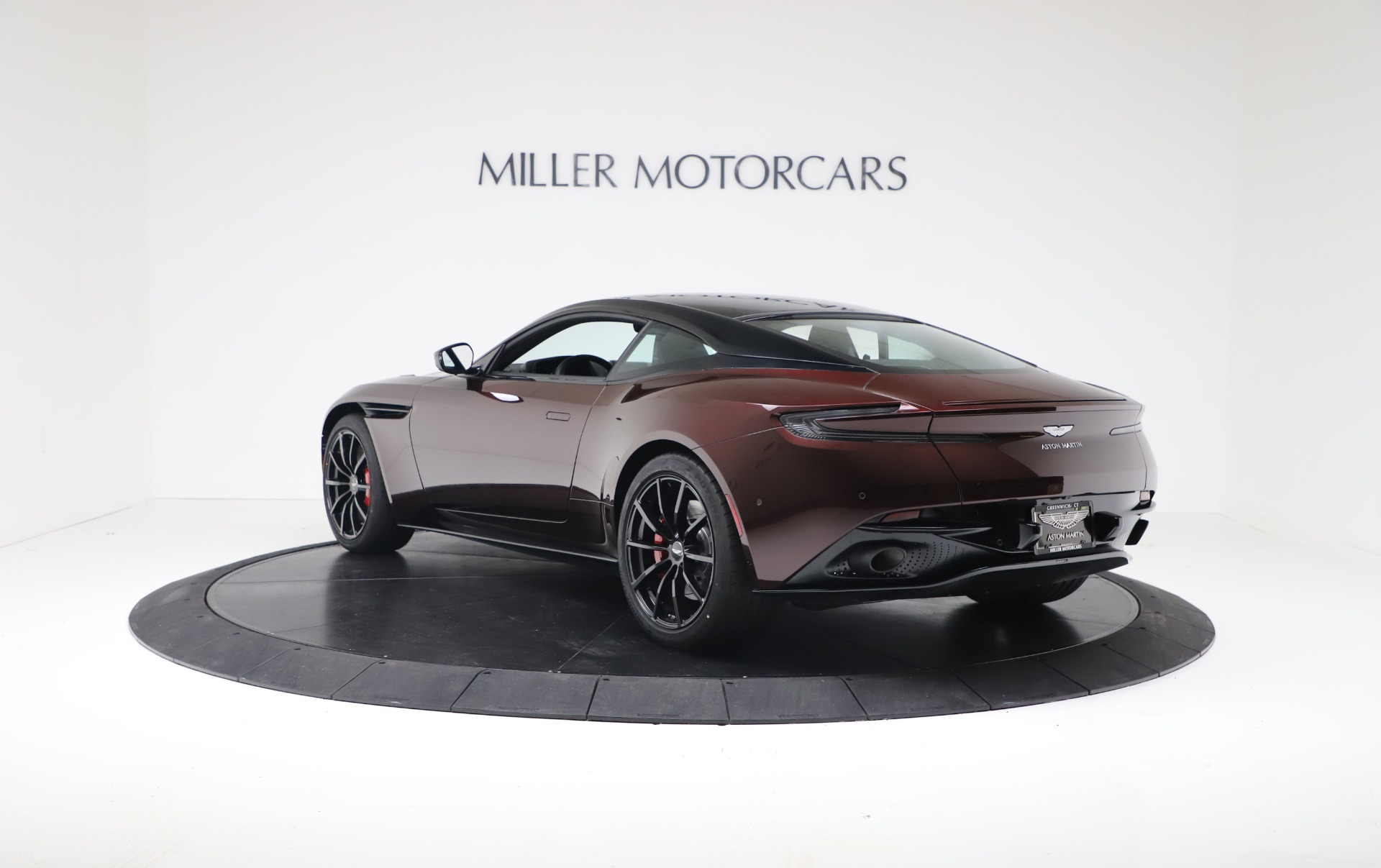 New 2019 Aston Martin DB11 V12 AMR