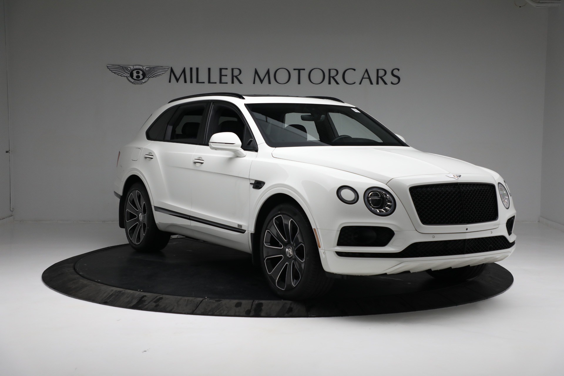 New 2020 Bentley Bentayga V8 Design Series
