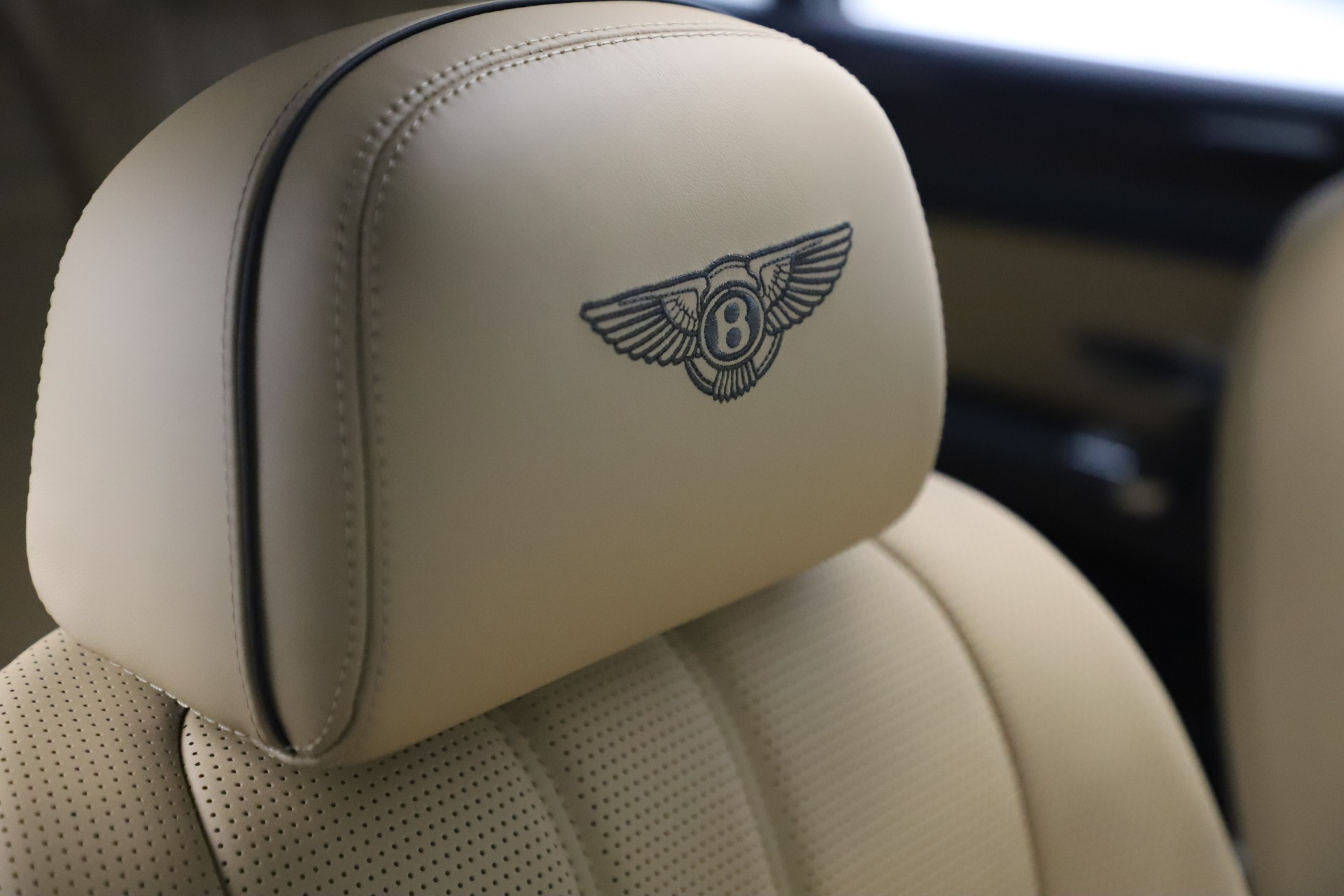 Used 2016 Bentley Flying Spur V8