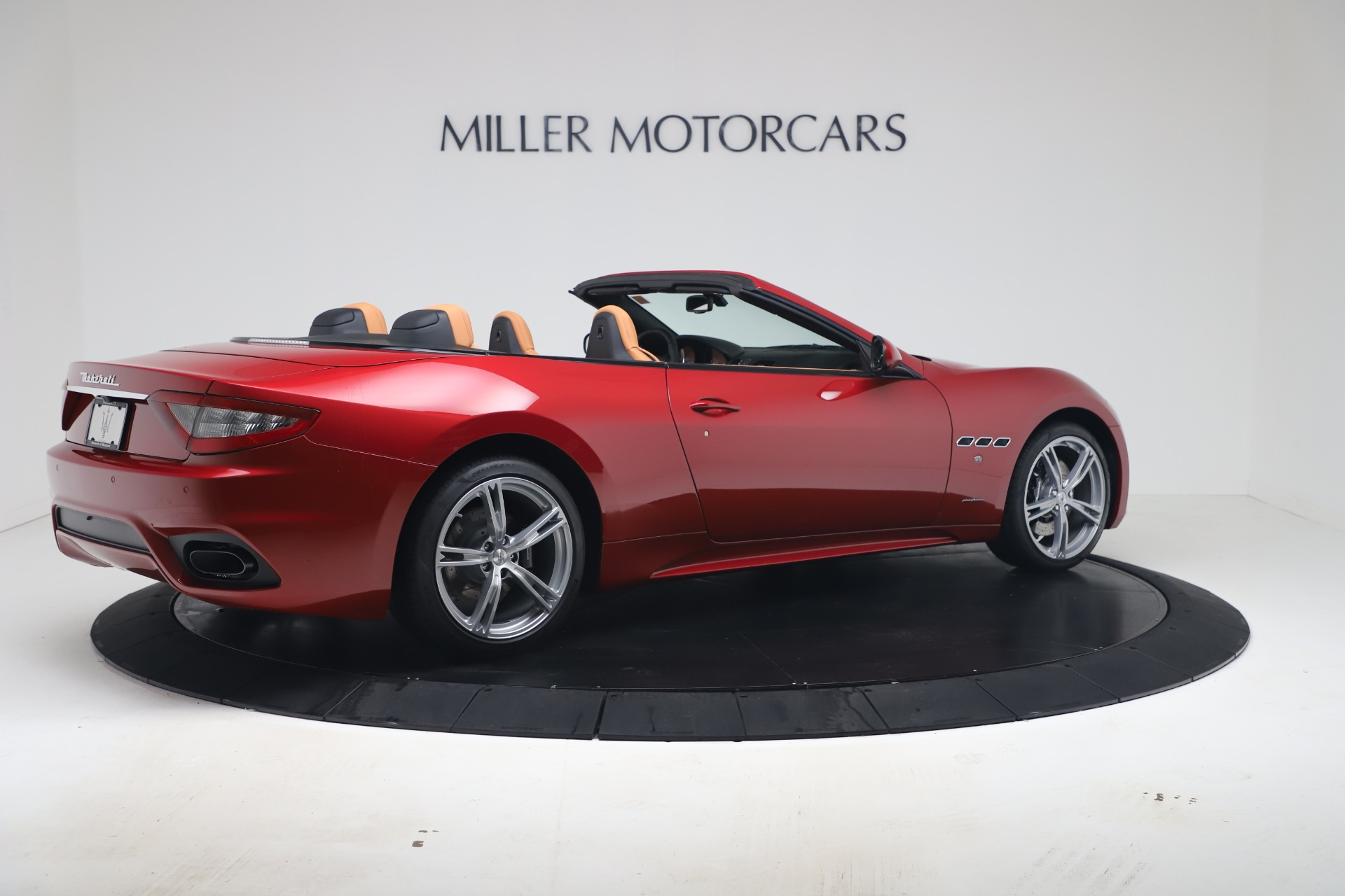 New 2019 Maserati GranTurismo Sport