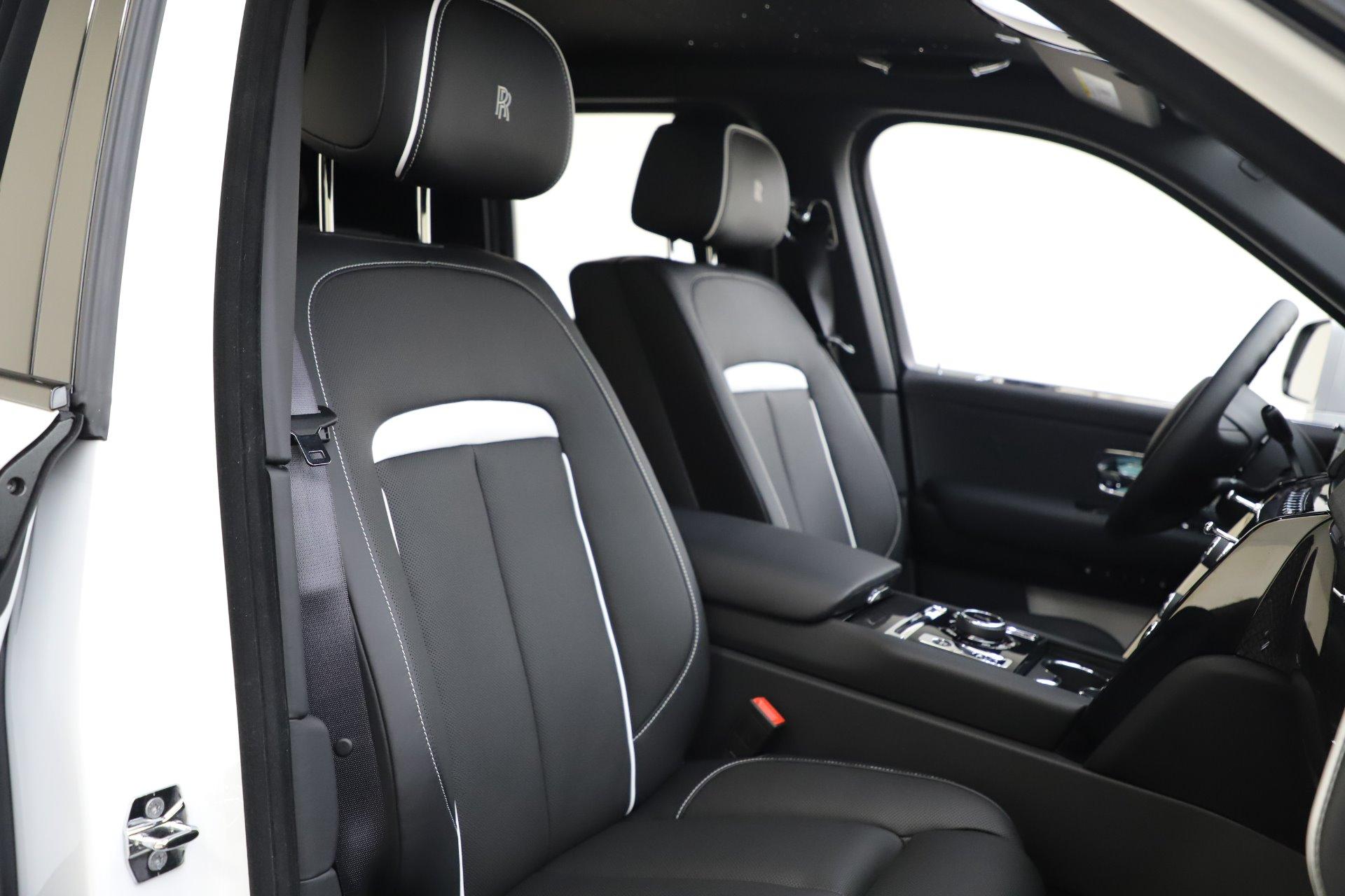 New 2020 Rolls Royce Cullinan Black Badge