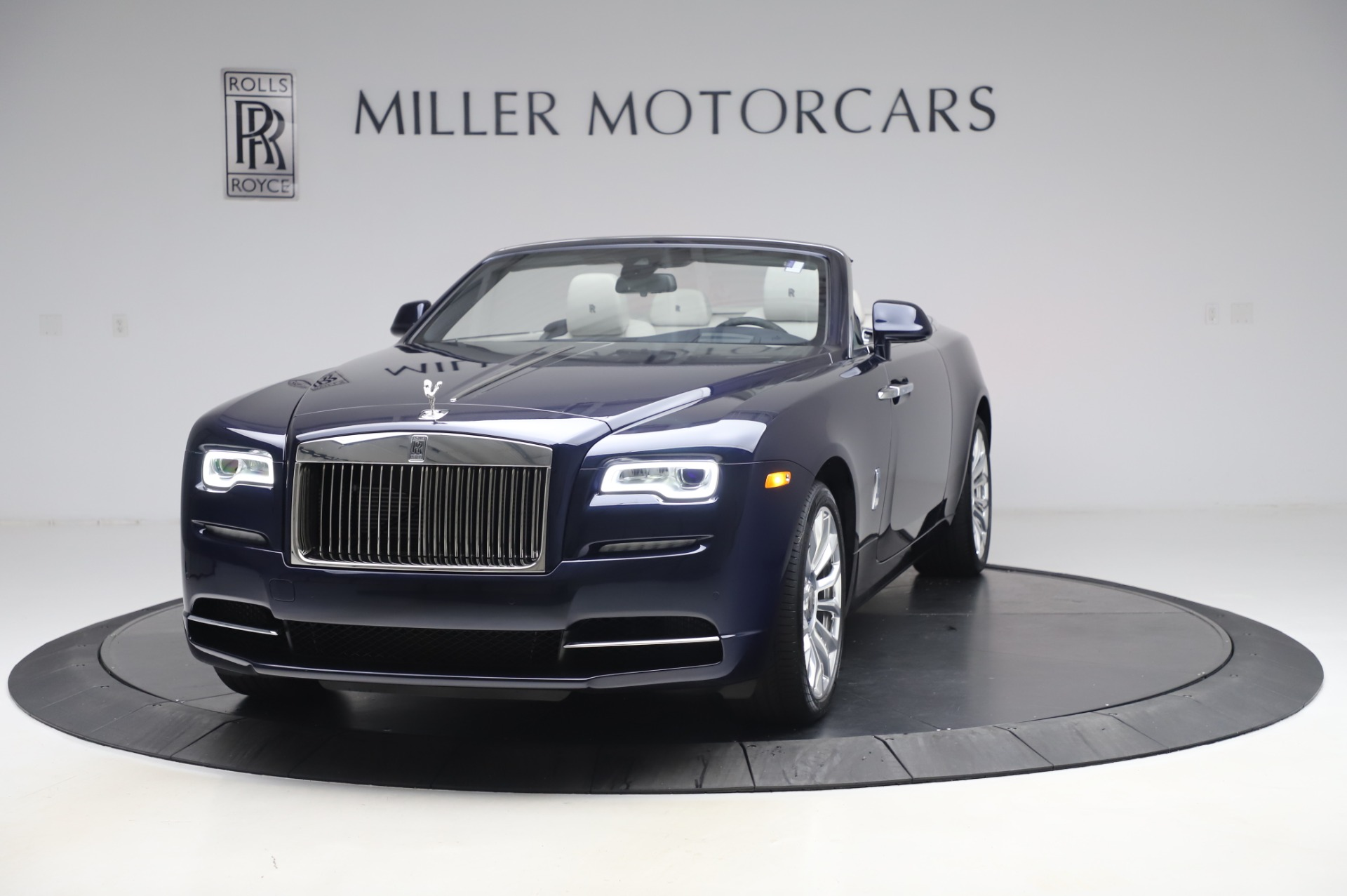 Used 2020 Rolls-Royce Dawn    Greenwich, CT