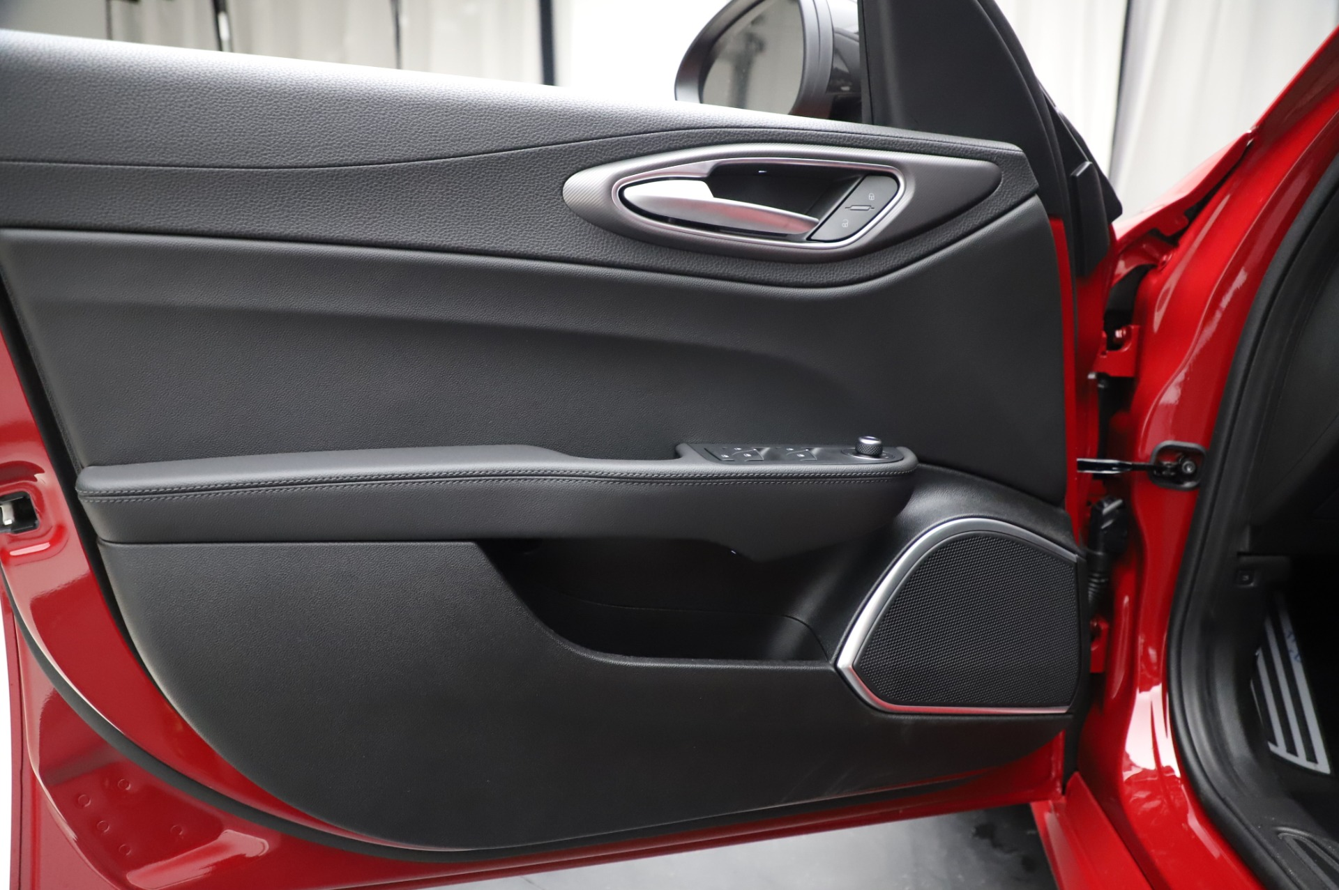 New 2020 Alfa Romeo Giulia Sport Q4