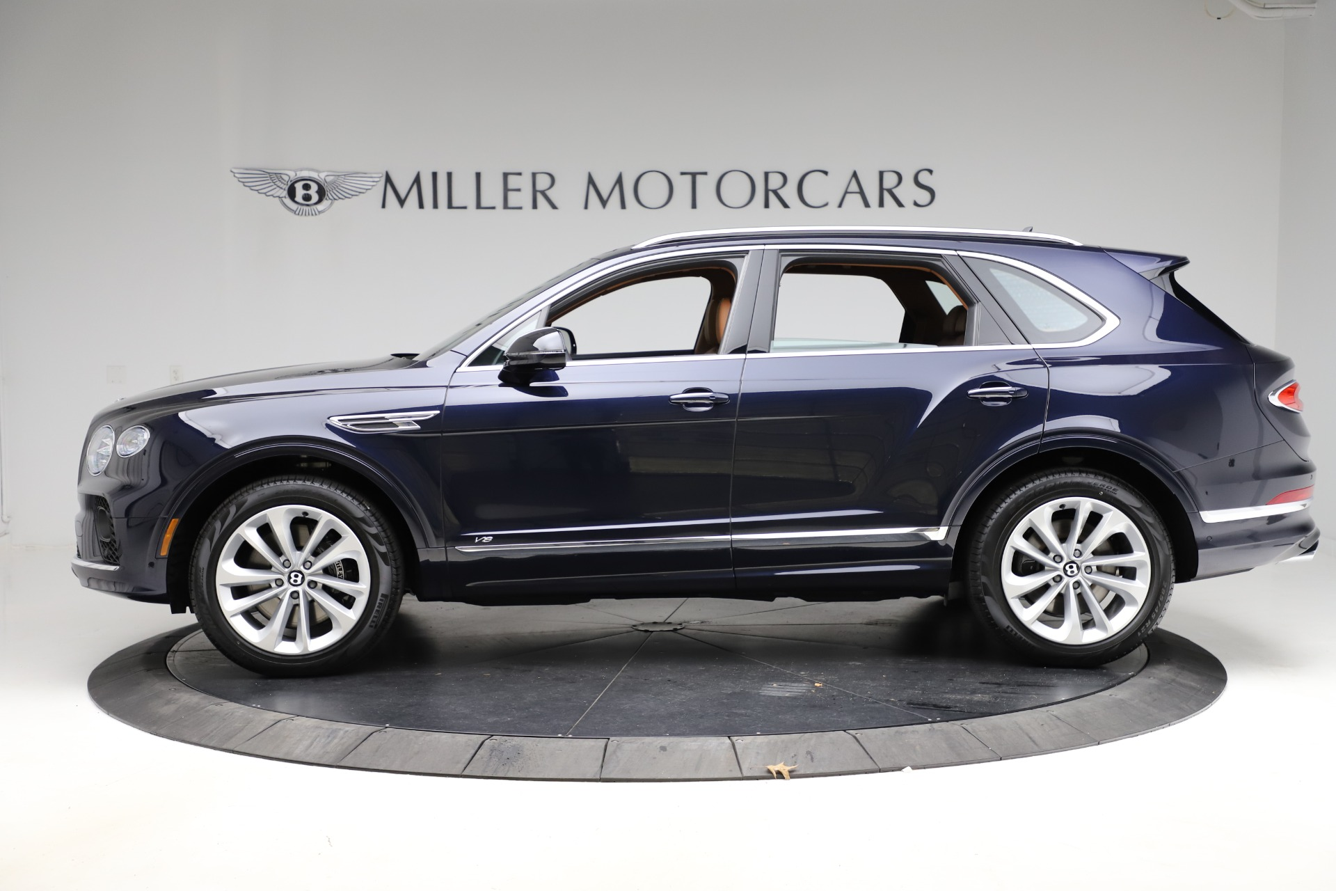 New 2021 Bentley Bentayga V8