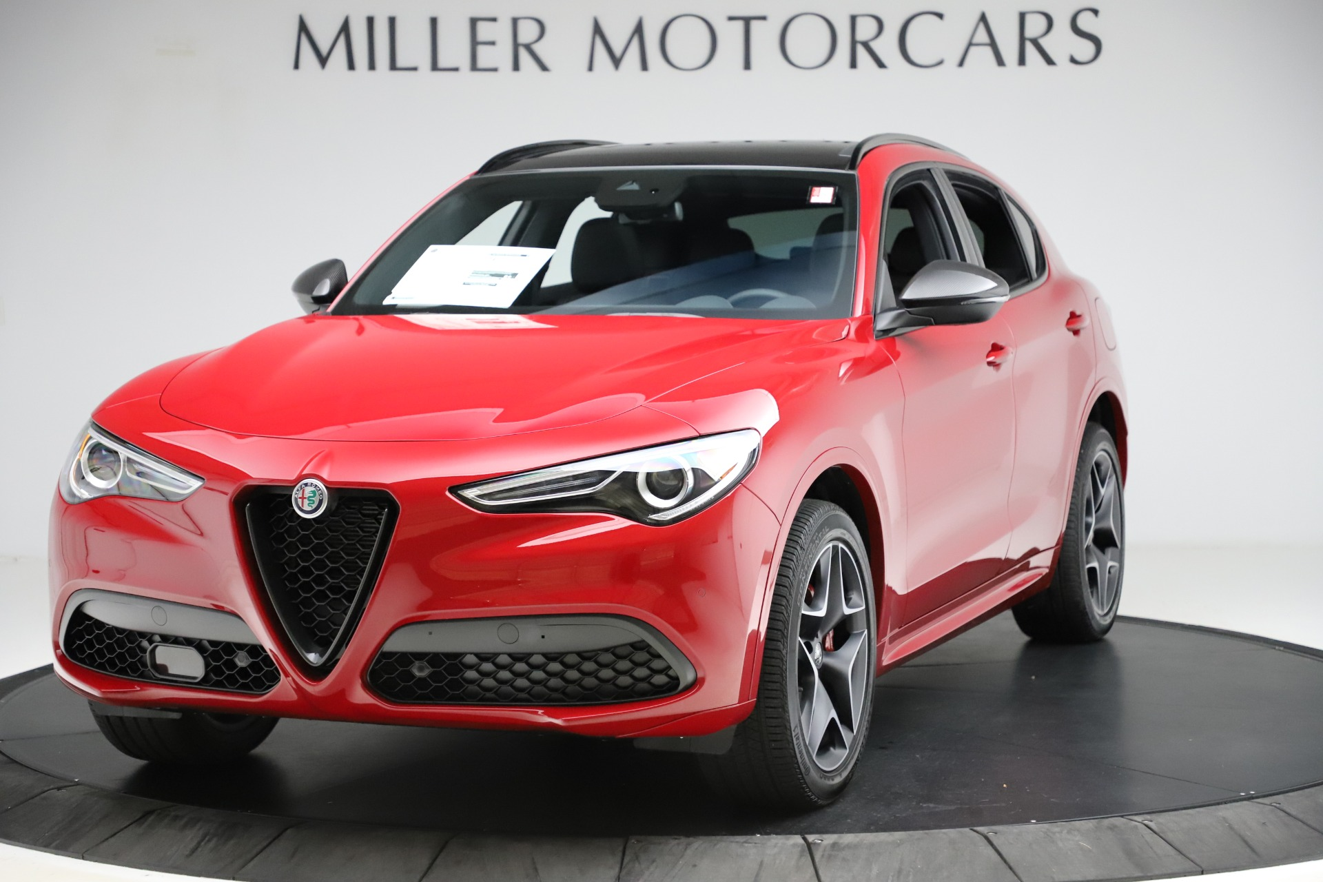 New 2020 Alfa Romeo Stelvio Ti Sport Carbon Q4 | Greenwich, CT