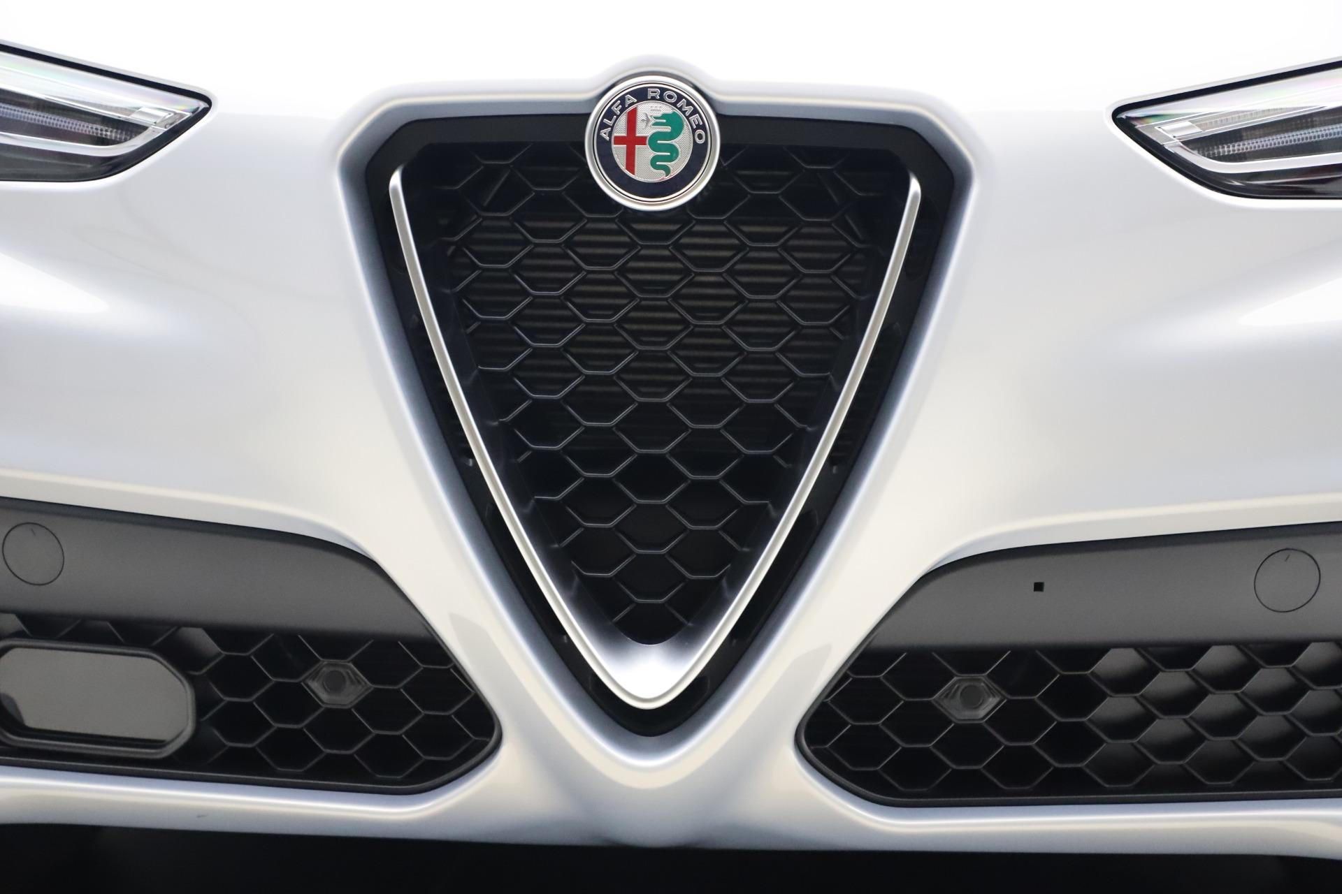 New 2020 Alfa Romeo Stelvio Q4