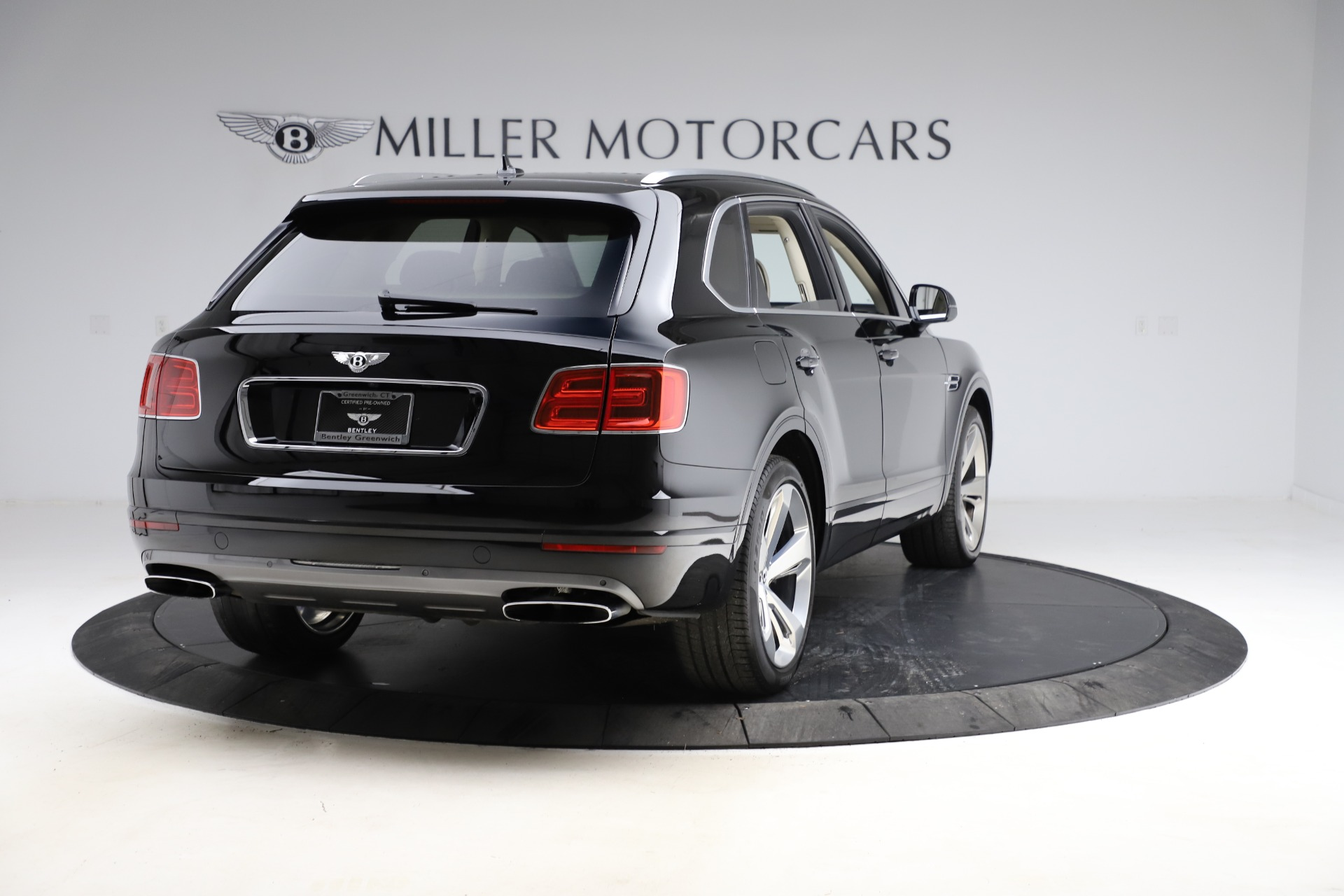 Used 2018 Bentley Bentayga W12 Signature