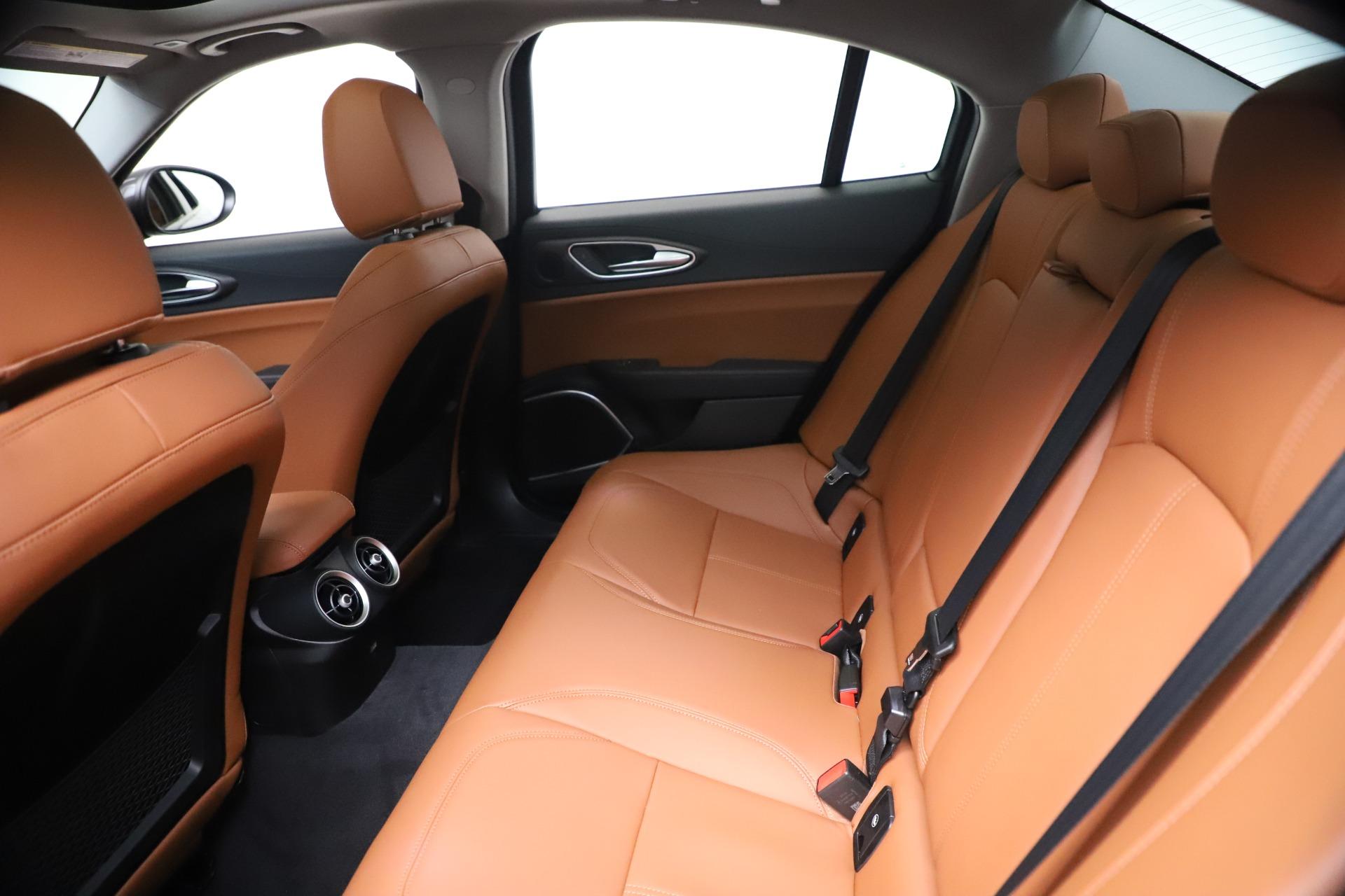 New 2021 Alfa Romeo Giulia Ti Q4