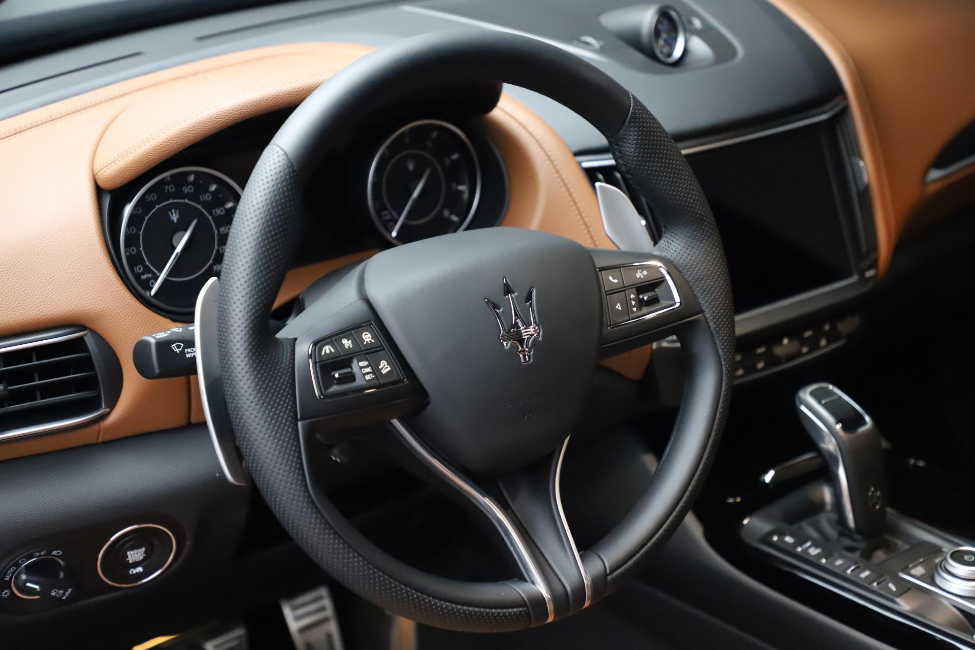 New 2021 Maserati Levante S Q4