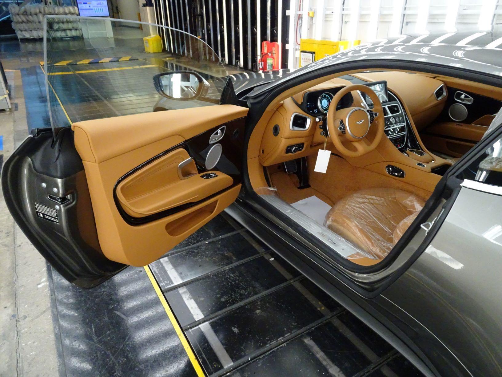 New 2021 Aston Martin DB11 V8