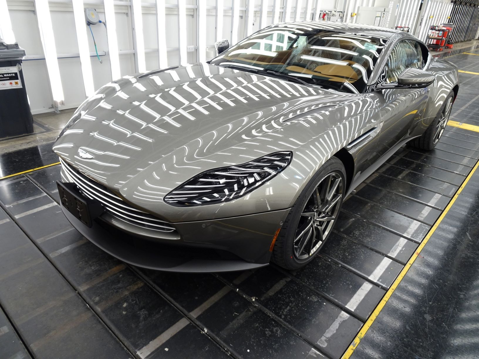 New 2021 Aston Martin DB11 V8   Greenwich, CT