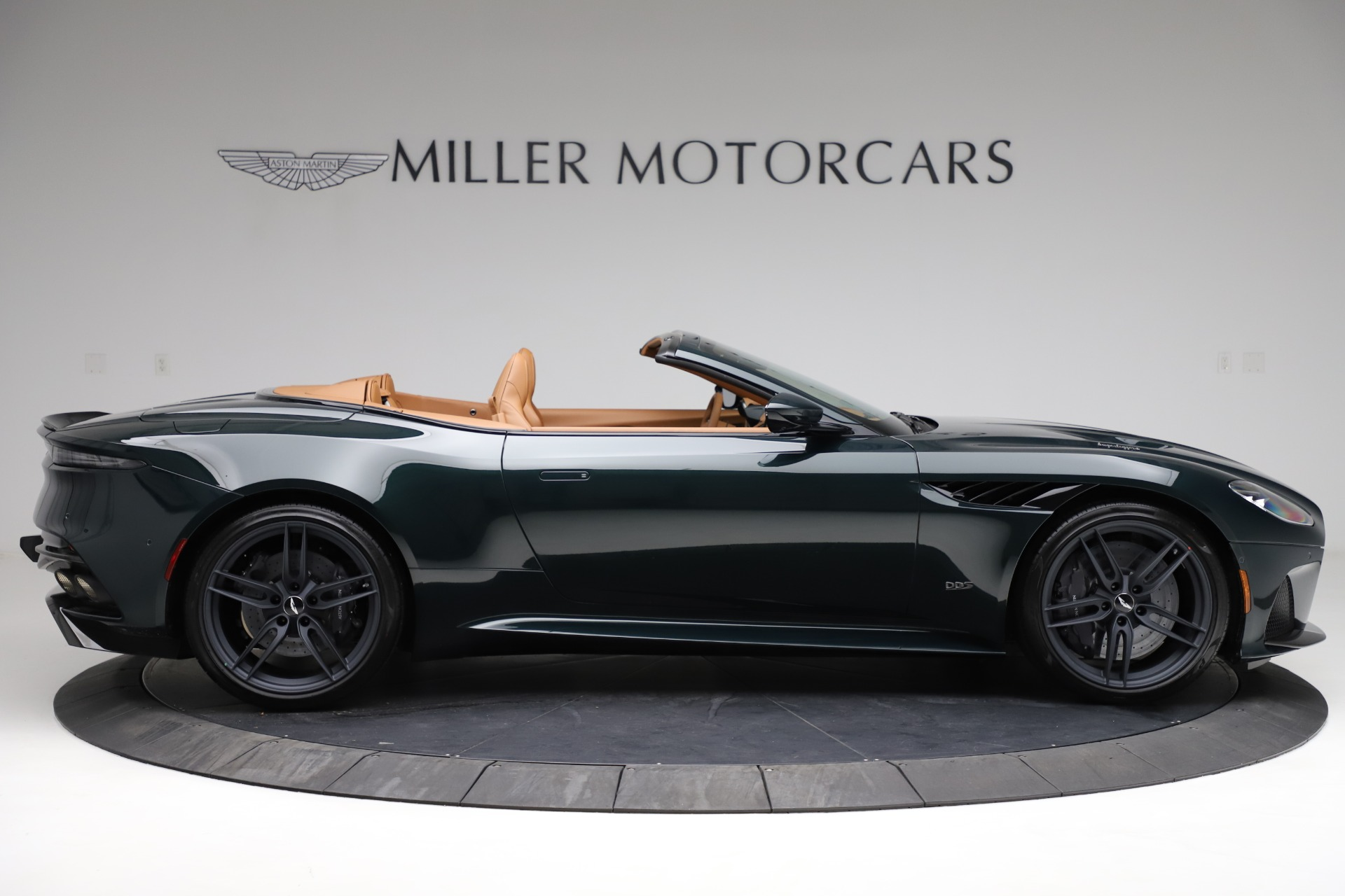 New 2021 Aston Martin DBS Superleggera Volante