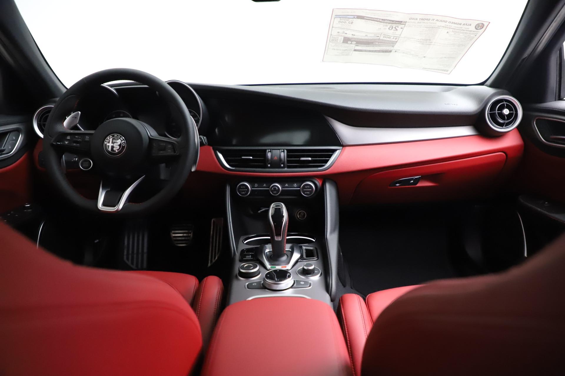New 2021 Alfa Romeo Giulia Ti Sport
