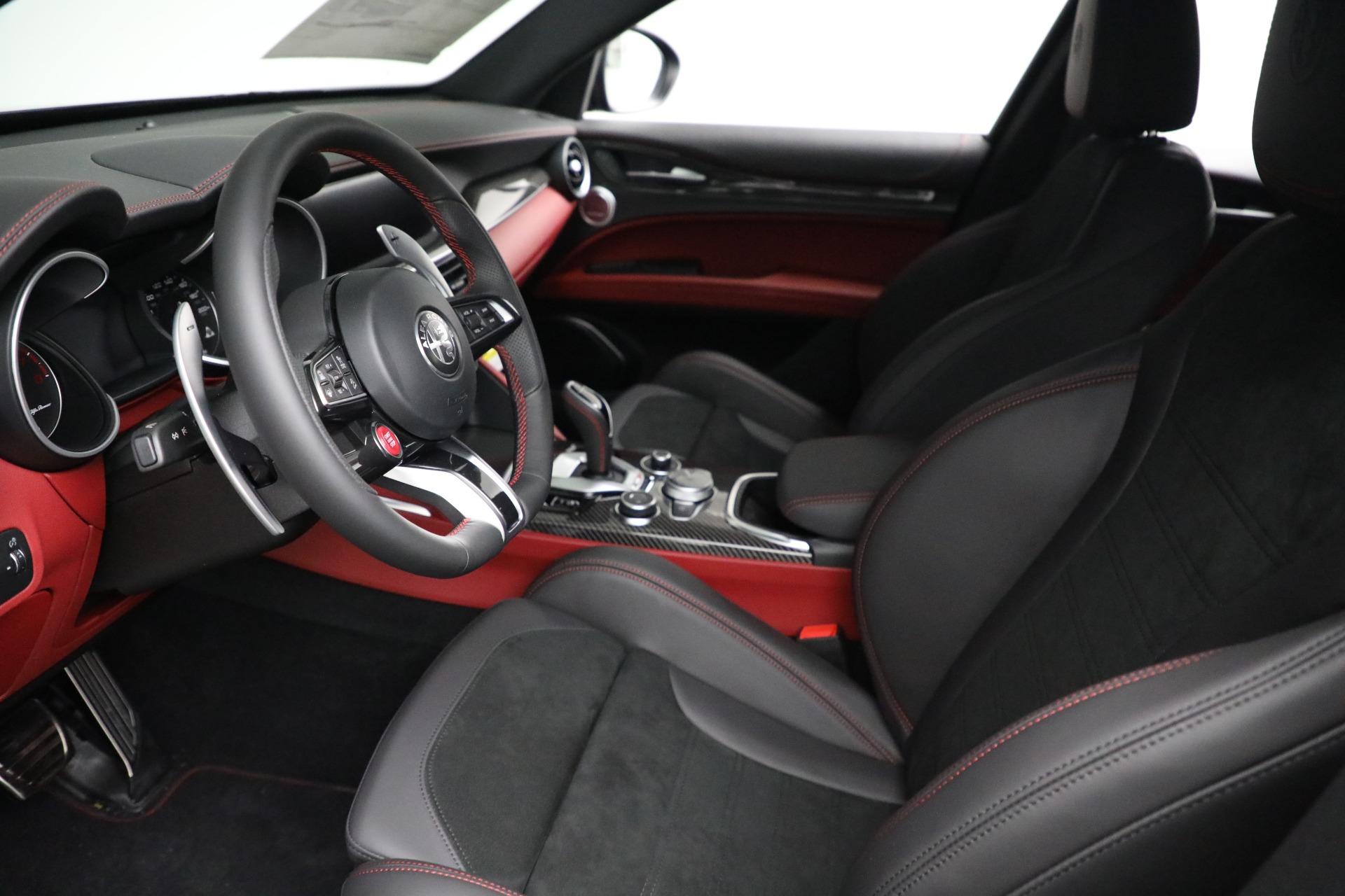 New 2021 Alfa Romeo Stelvio Quadrifoglio