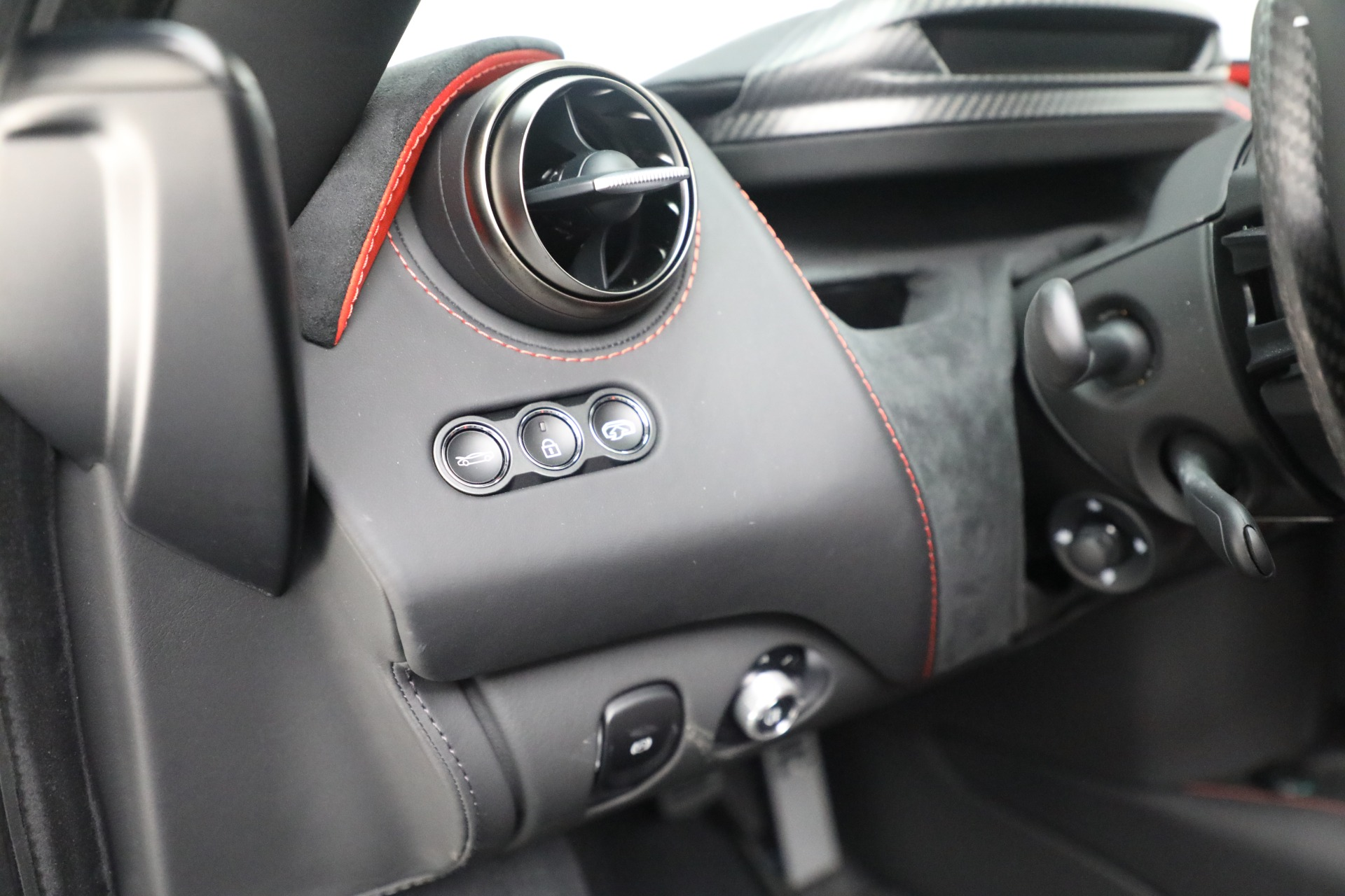 New 2021 McLaren 720S Performance